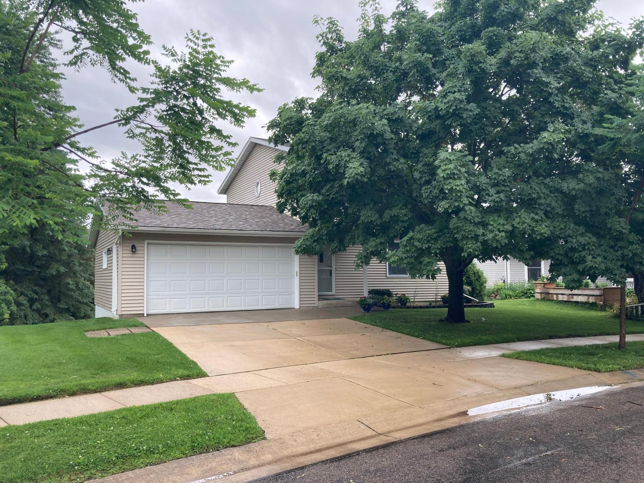 4332 Cimarron NW Property Photo - Rochester, MN real estate listing