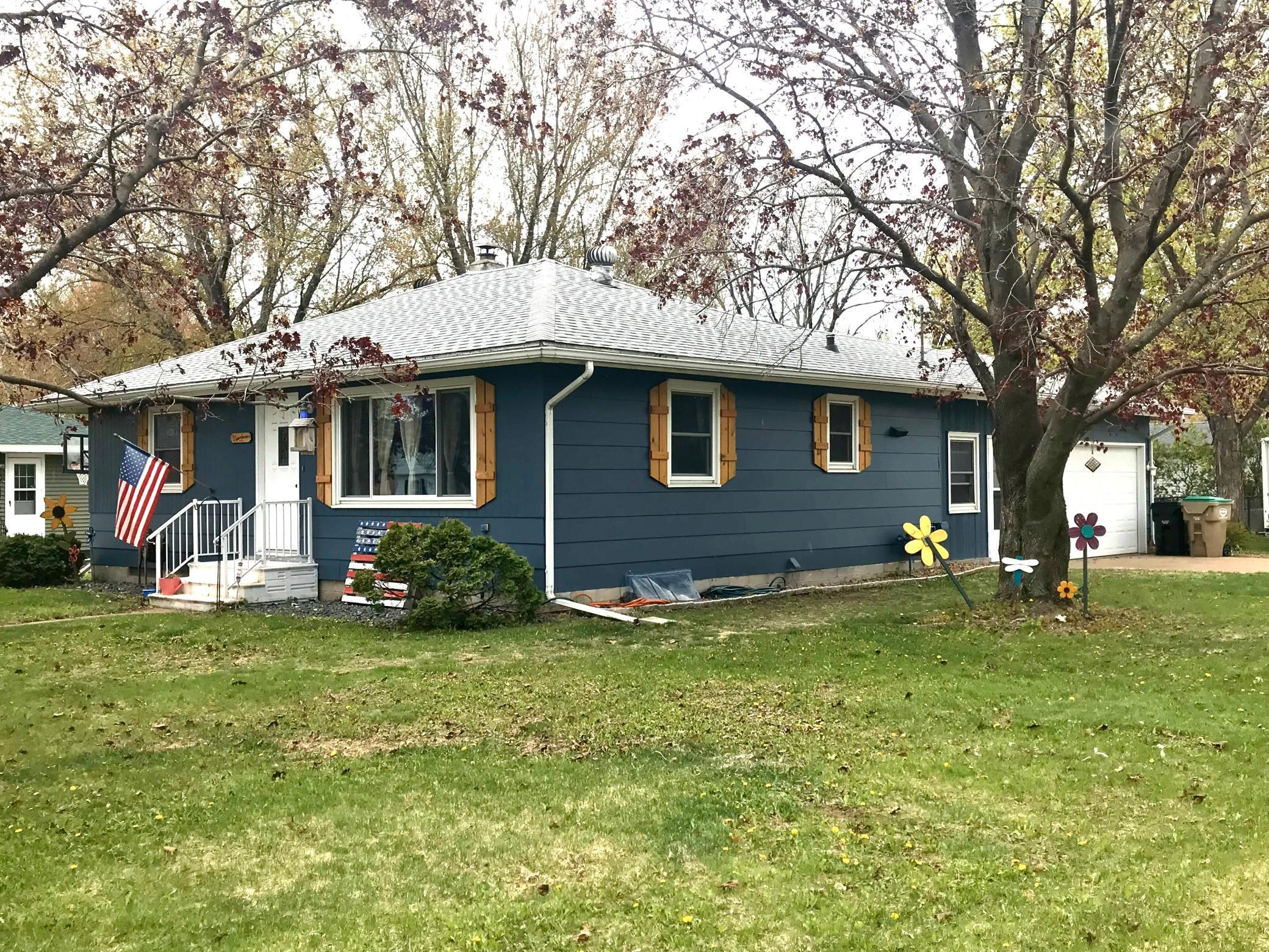 802 Woodward Property Photo - Chippewa Falls, WI real estate listing