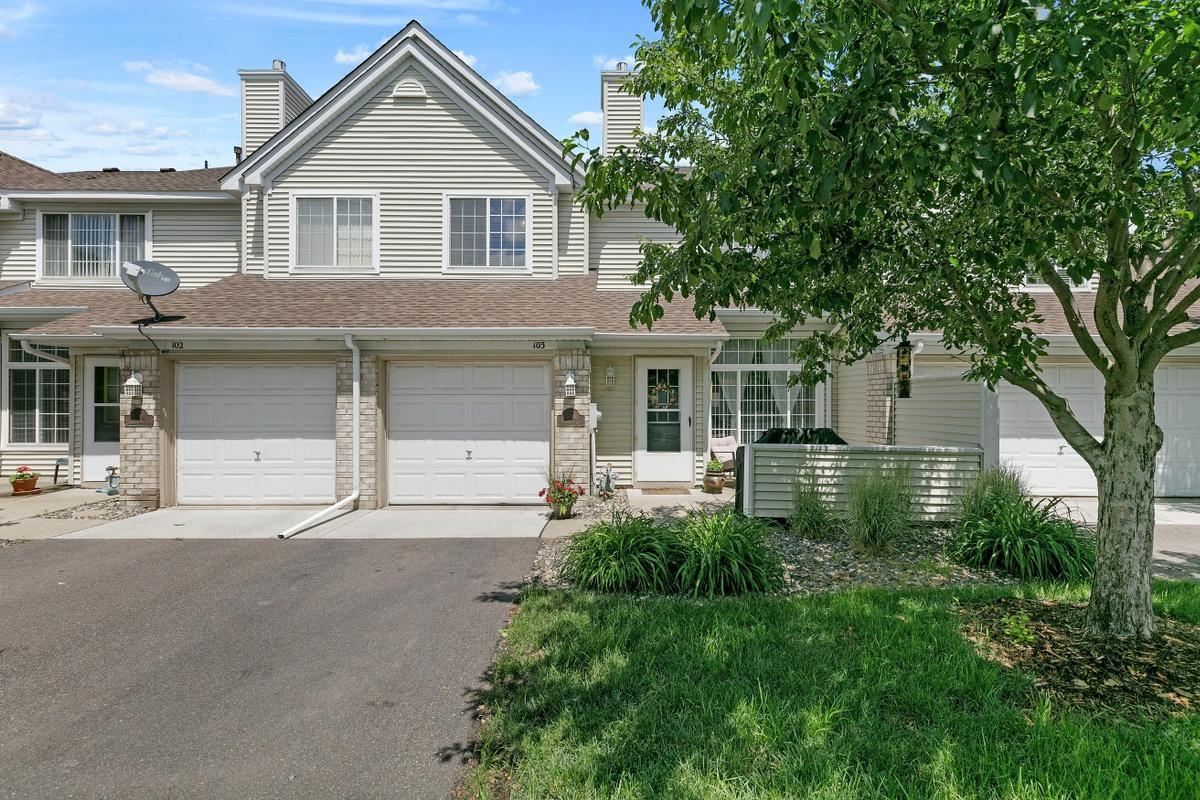 15341 Greenhaven Lane #103 Property Photo - Burnsville, MN real estate listing