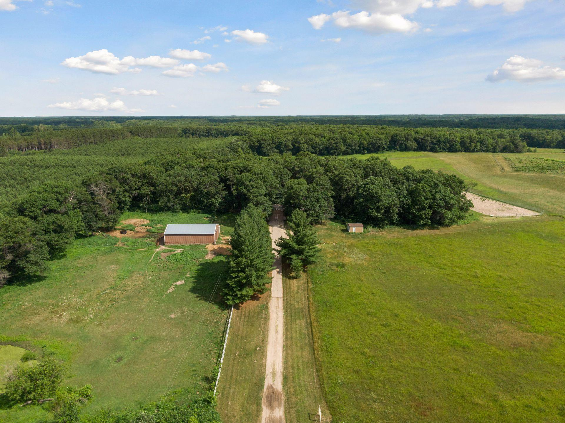 4399 313th NW Property Photo - Cambridge, MN real estate listing