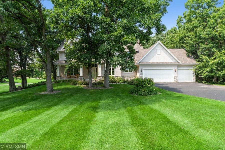 11 Hillcrest Property Photo - Dellwood, MN real estate listing