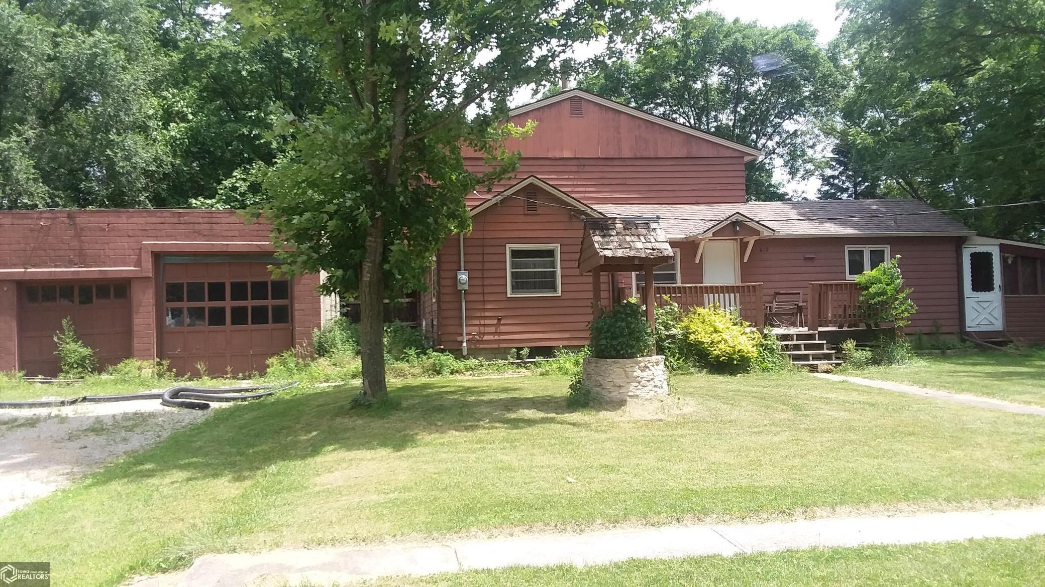612 Park Property Photo - Webster City, IA real estate listing