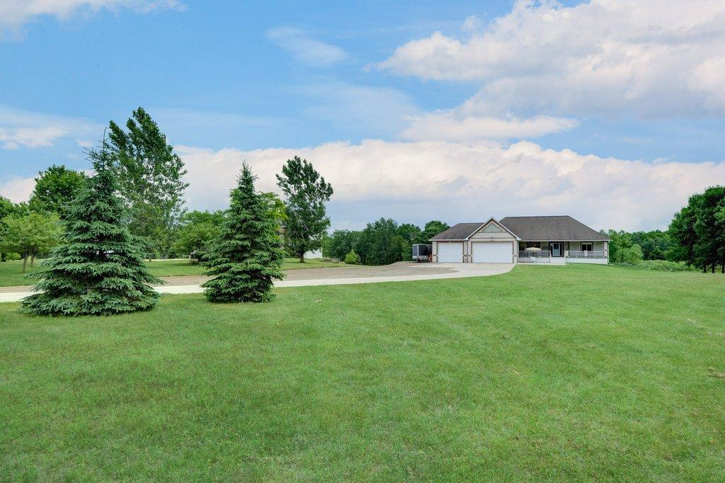 22429 University Avenue NE Property Photo - East Bethel, MN real estate listing