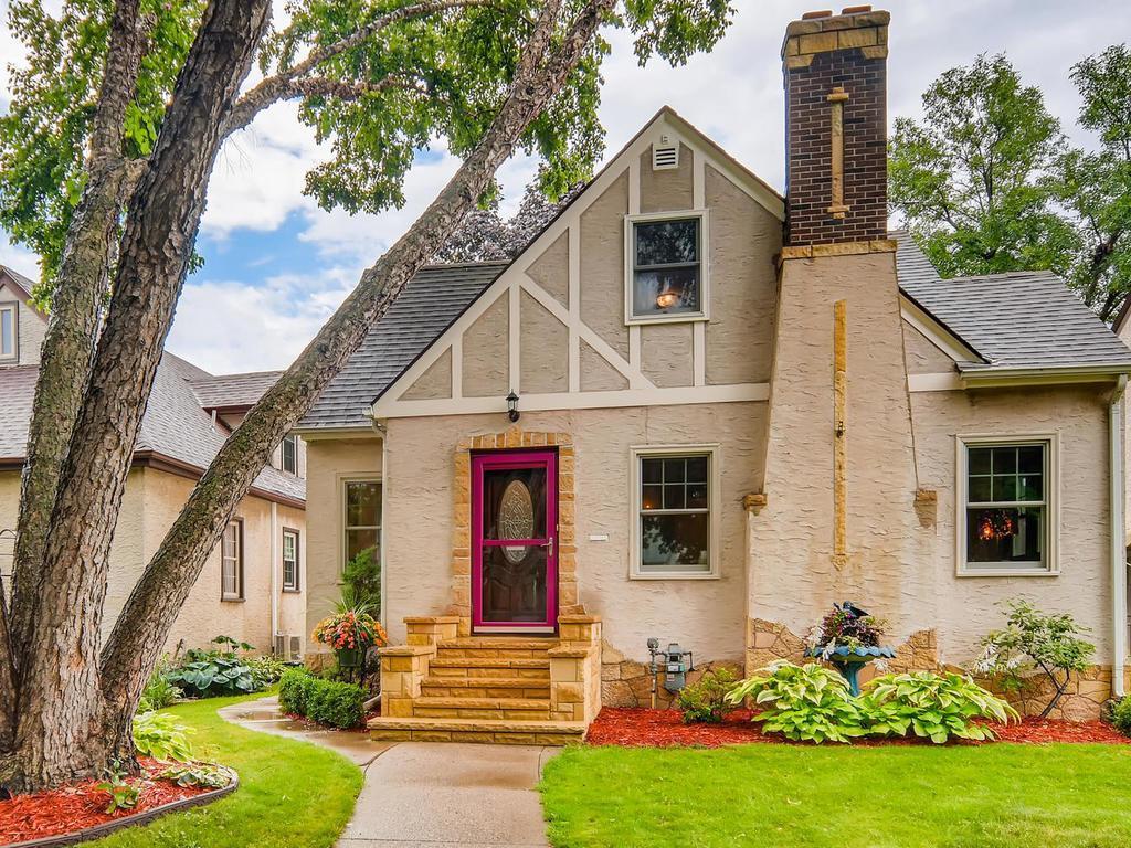 1545 Arona Street Property Photo - Saint Paul, MN real estate listing