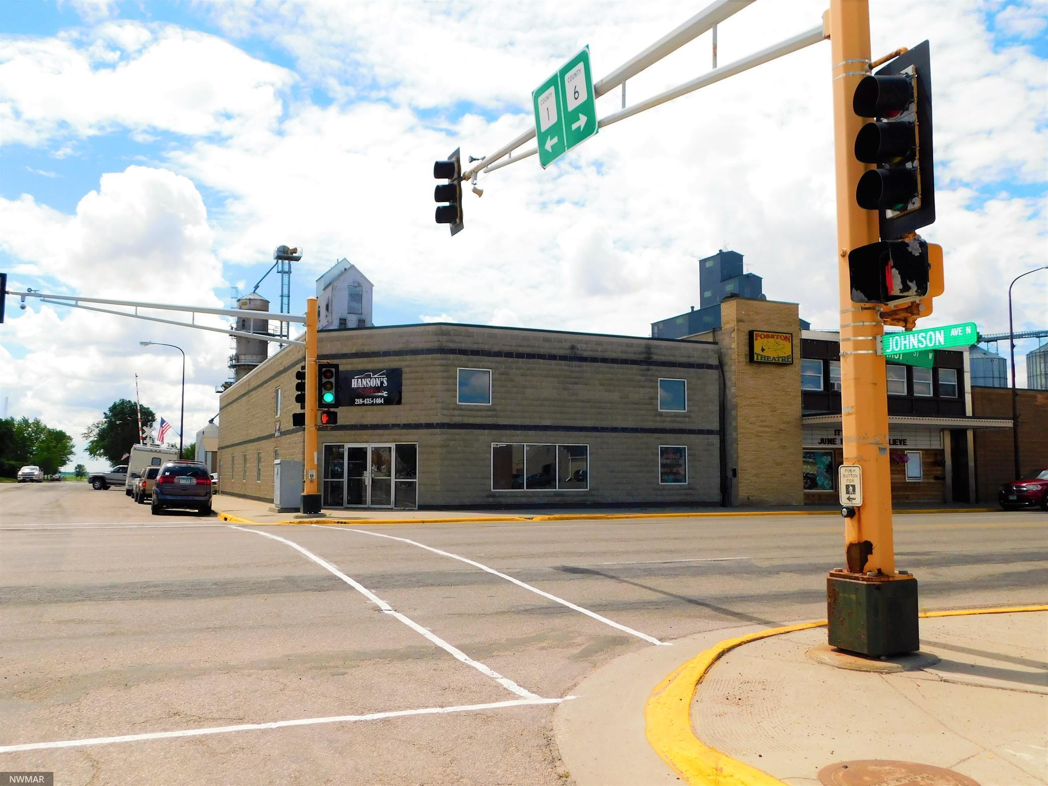 101 1st Street W Property Photo