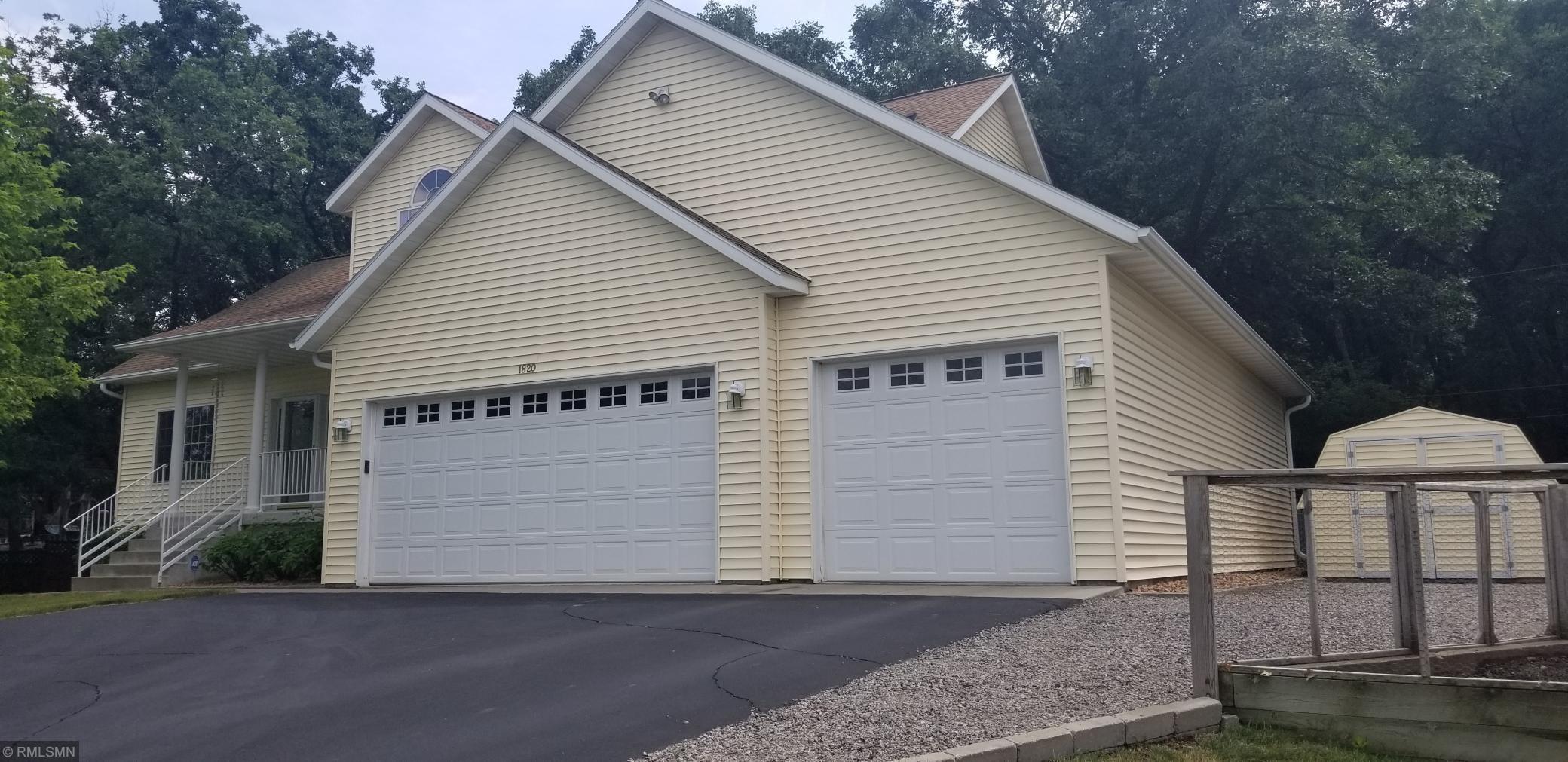 1820 2nd SE Property Photo - Saint Cloud, MN real estate listing