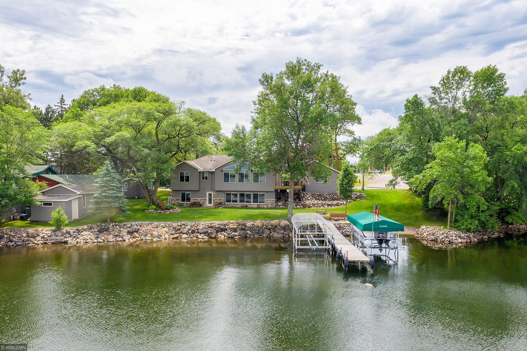 550 Lake W Property Photo - Isle, MN real estate listing