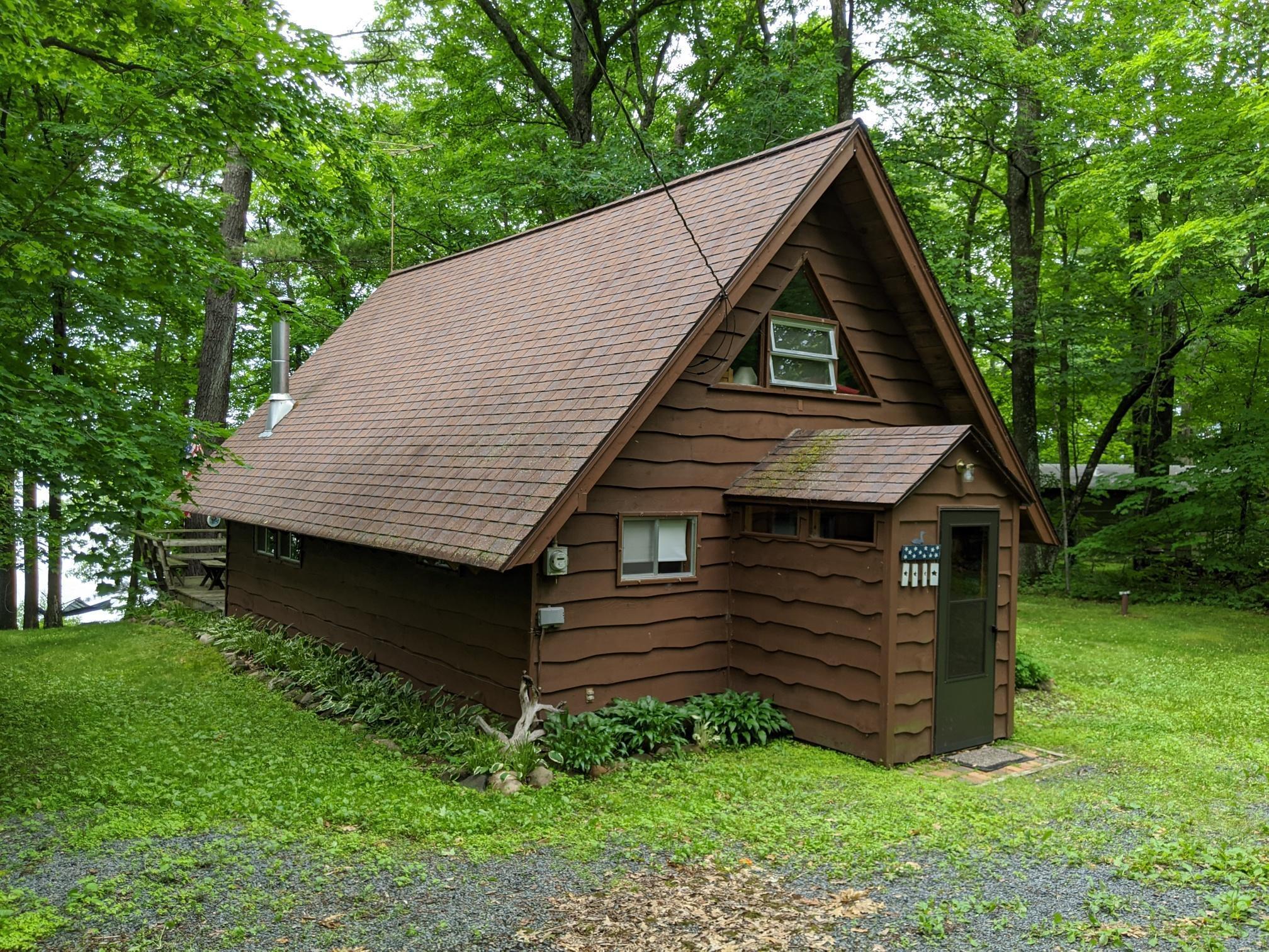 2817 Largon Lake Property Photo