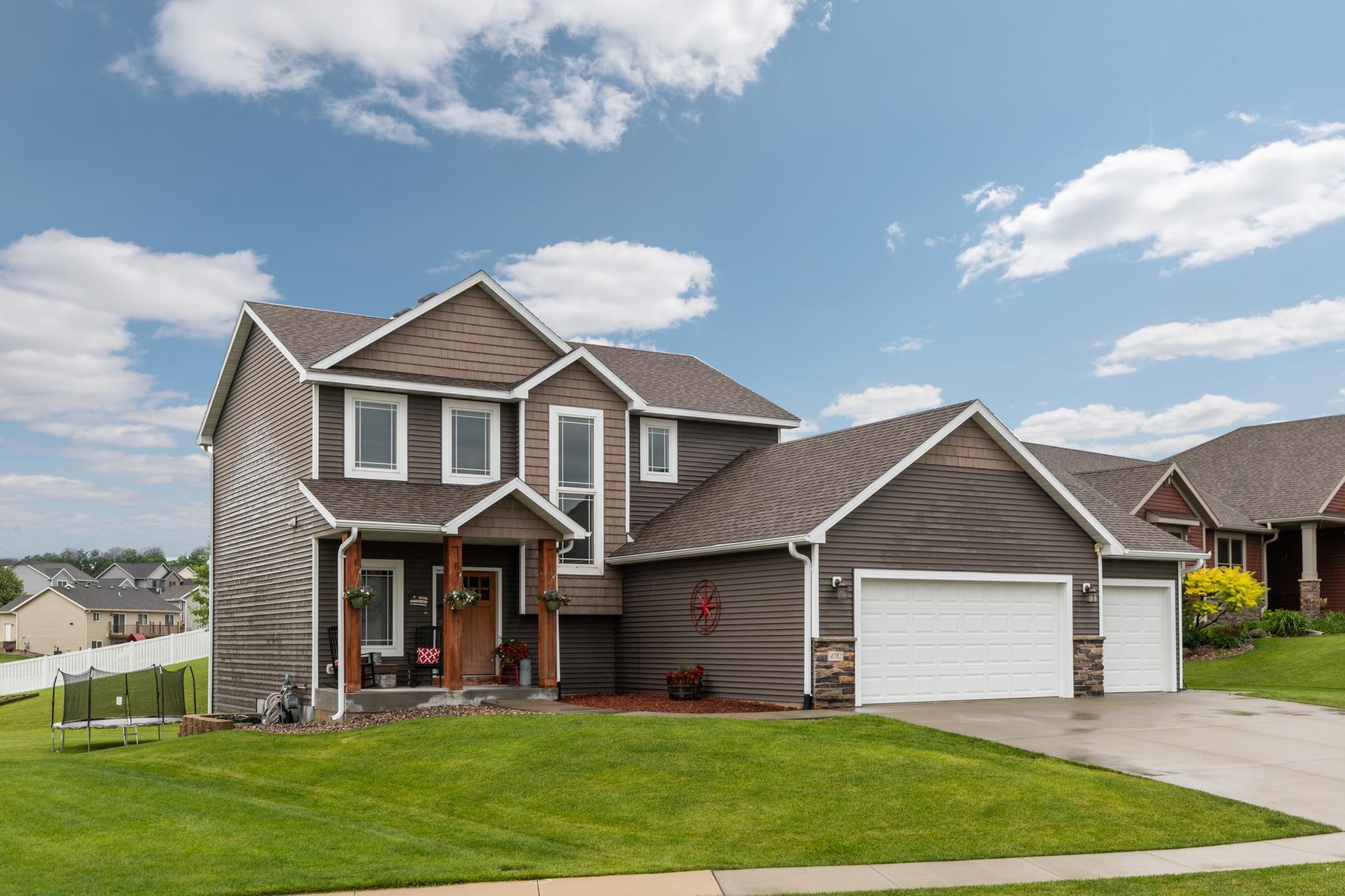 4782 Manor Point NW Property Photo - Rochester, MN real estate listing