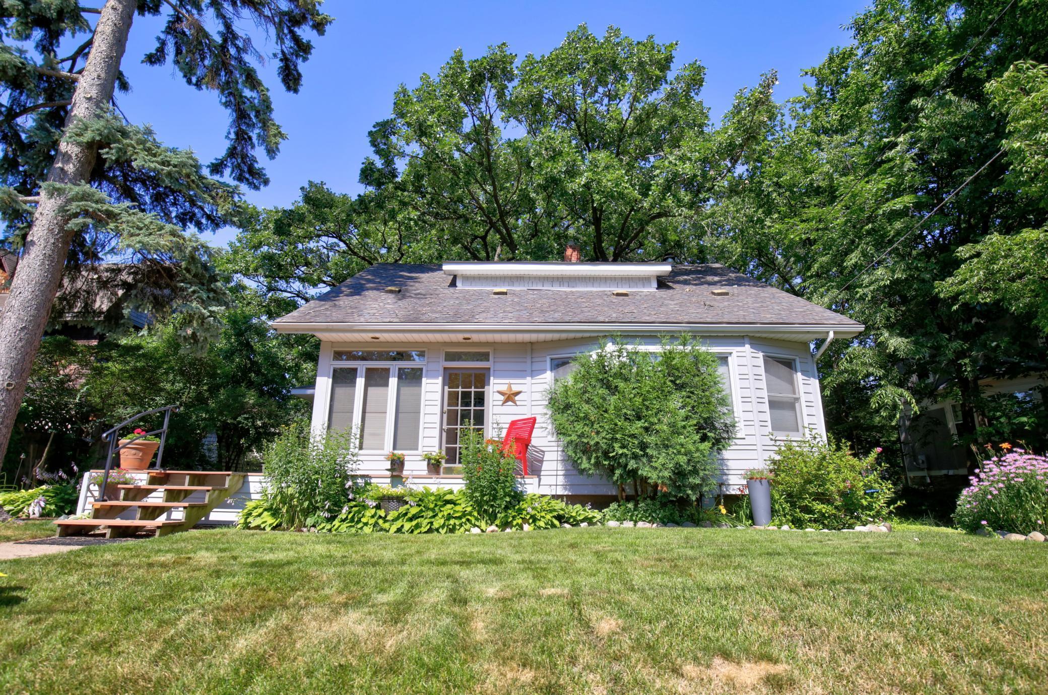 1295 Raymond Avenue Property Photo - Saint Paul, MN real estate listing