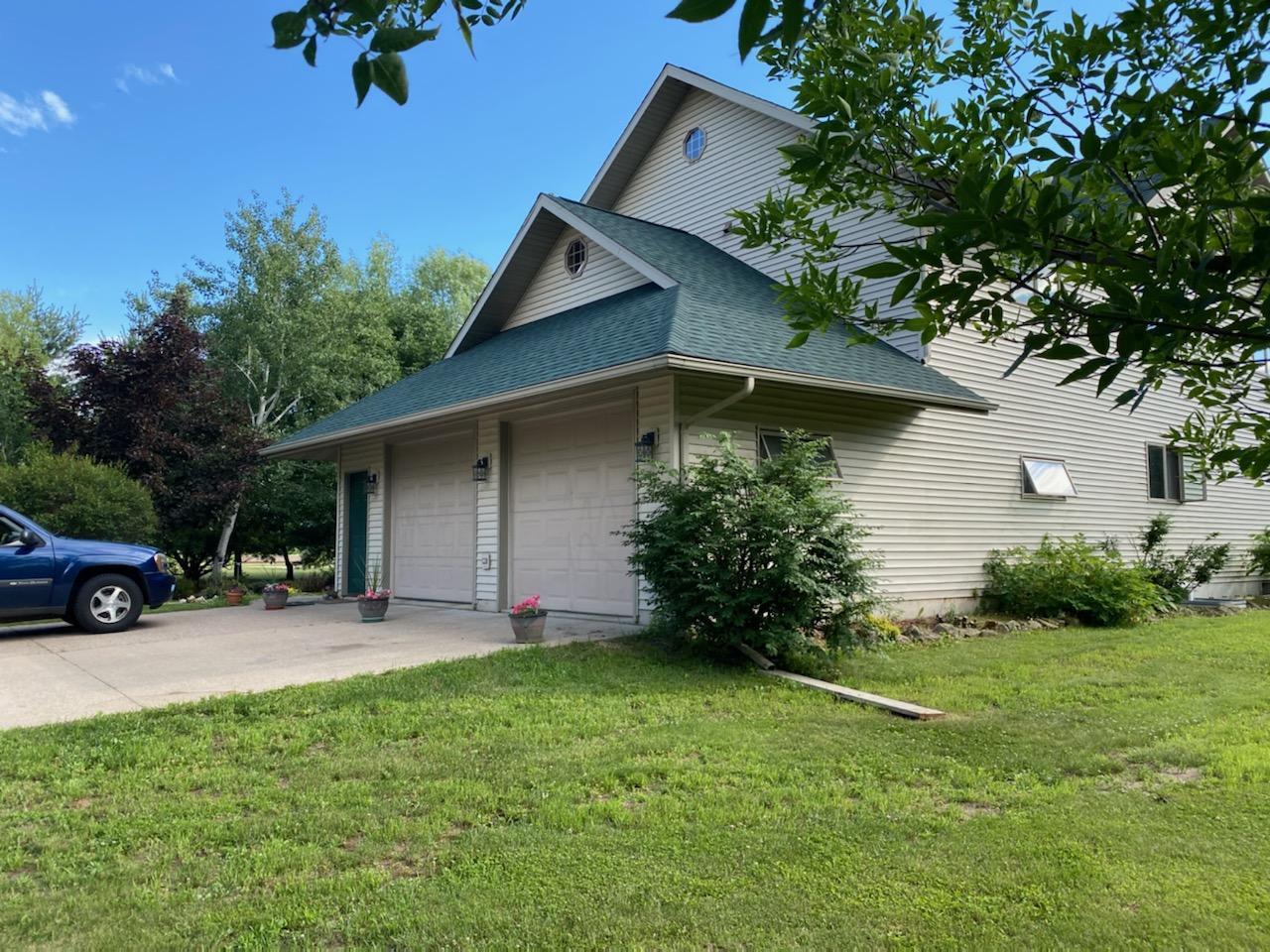 S2577 Angel Lane Property Photo - Cochrane, WI real estate listing
