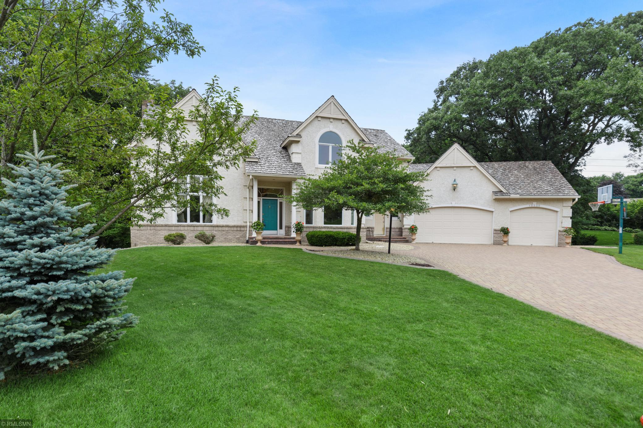 13220 Longview Property Photo - Burnsville, MN real estate listing
