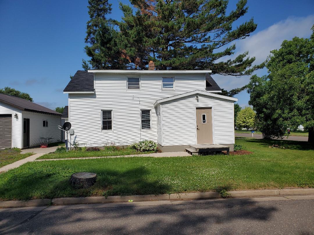 301 Washington S Property Photo - Almena, WI real estate listing