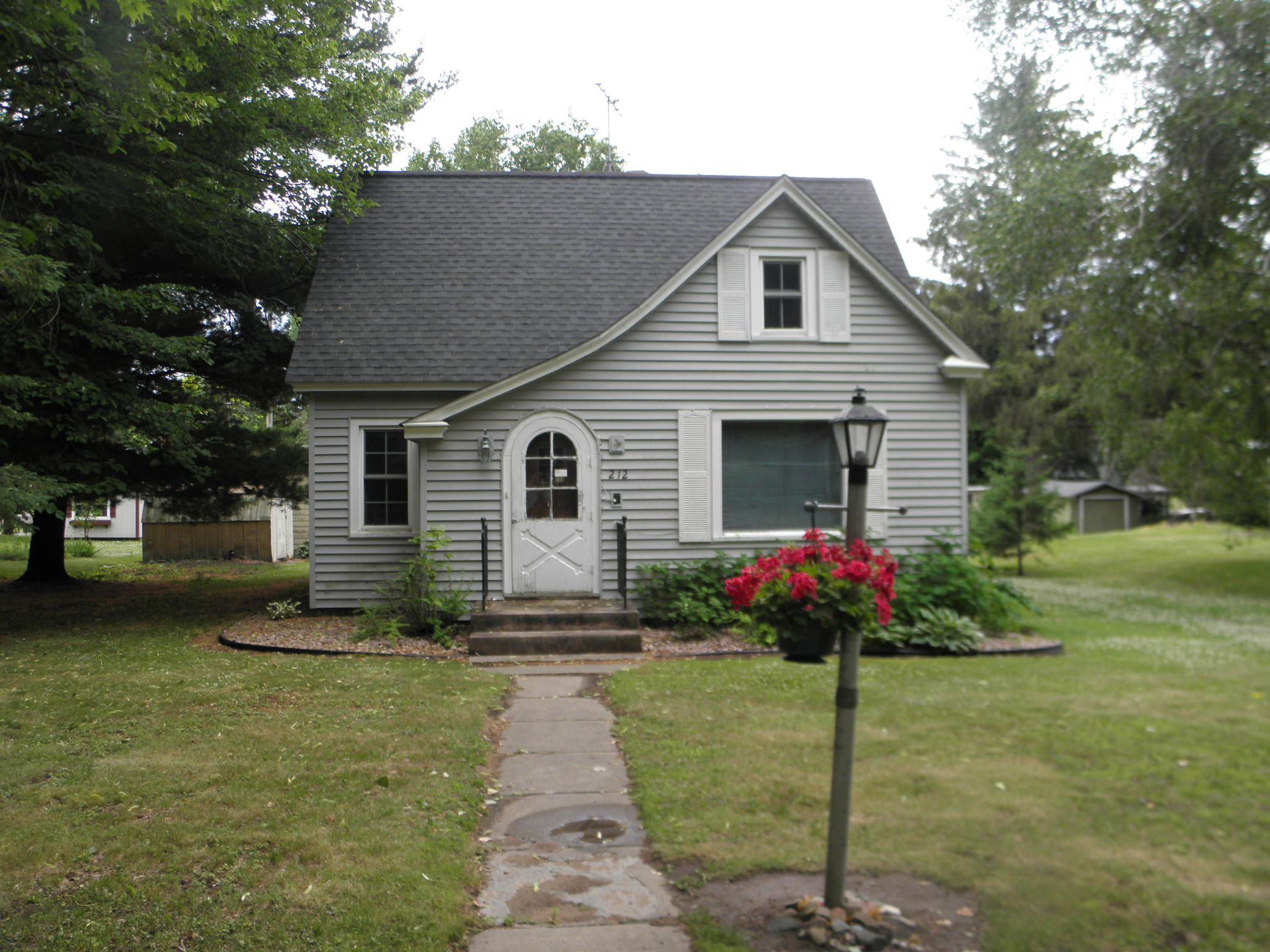 212 E 2nd Avenue Property Photo - Luck, WI real estate listing