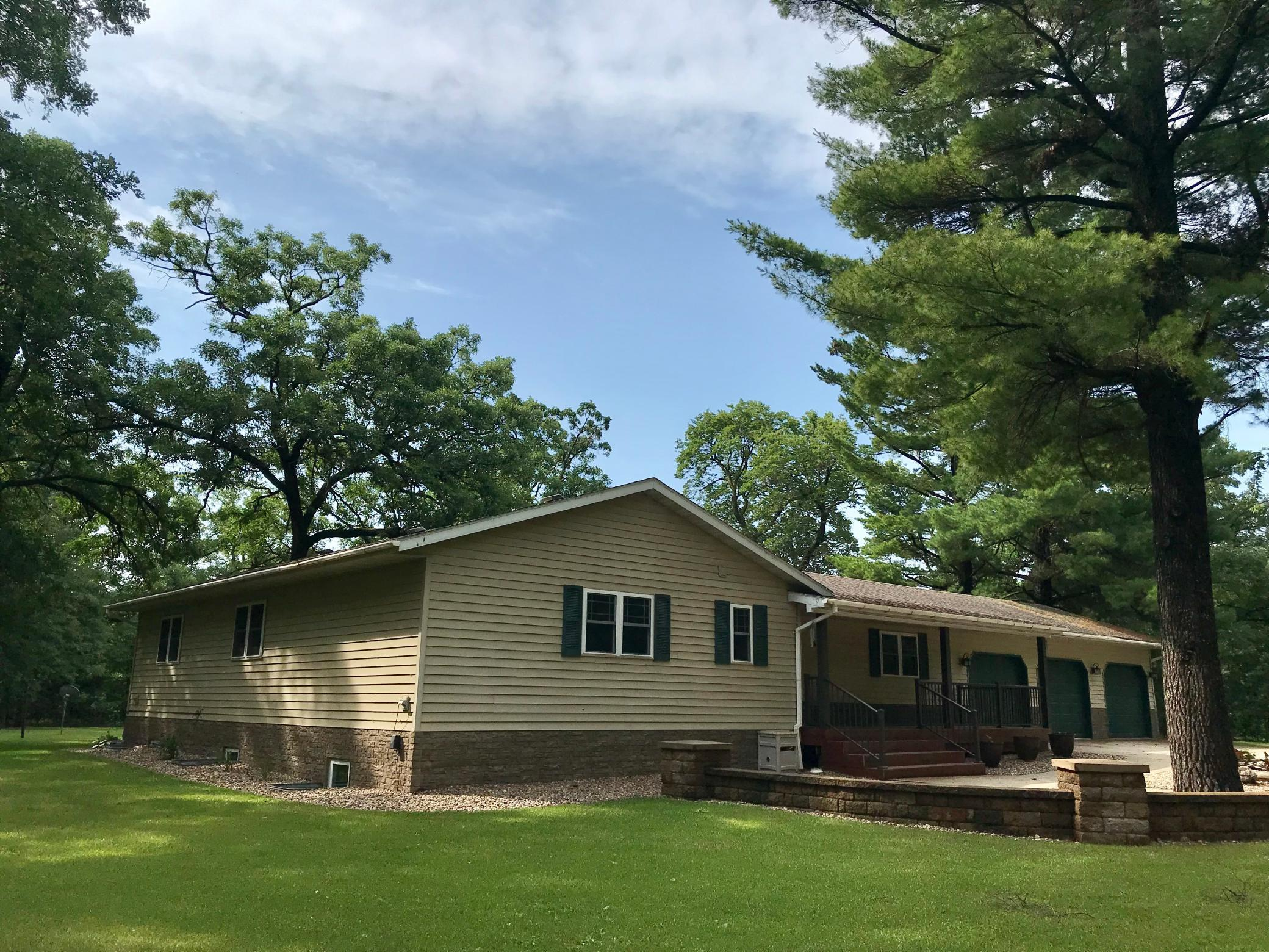 32421 Ladyslipper Drive Property Photo - Browerville, MN real estate listing