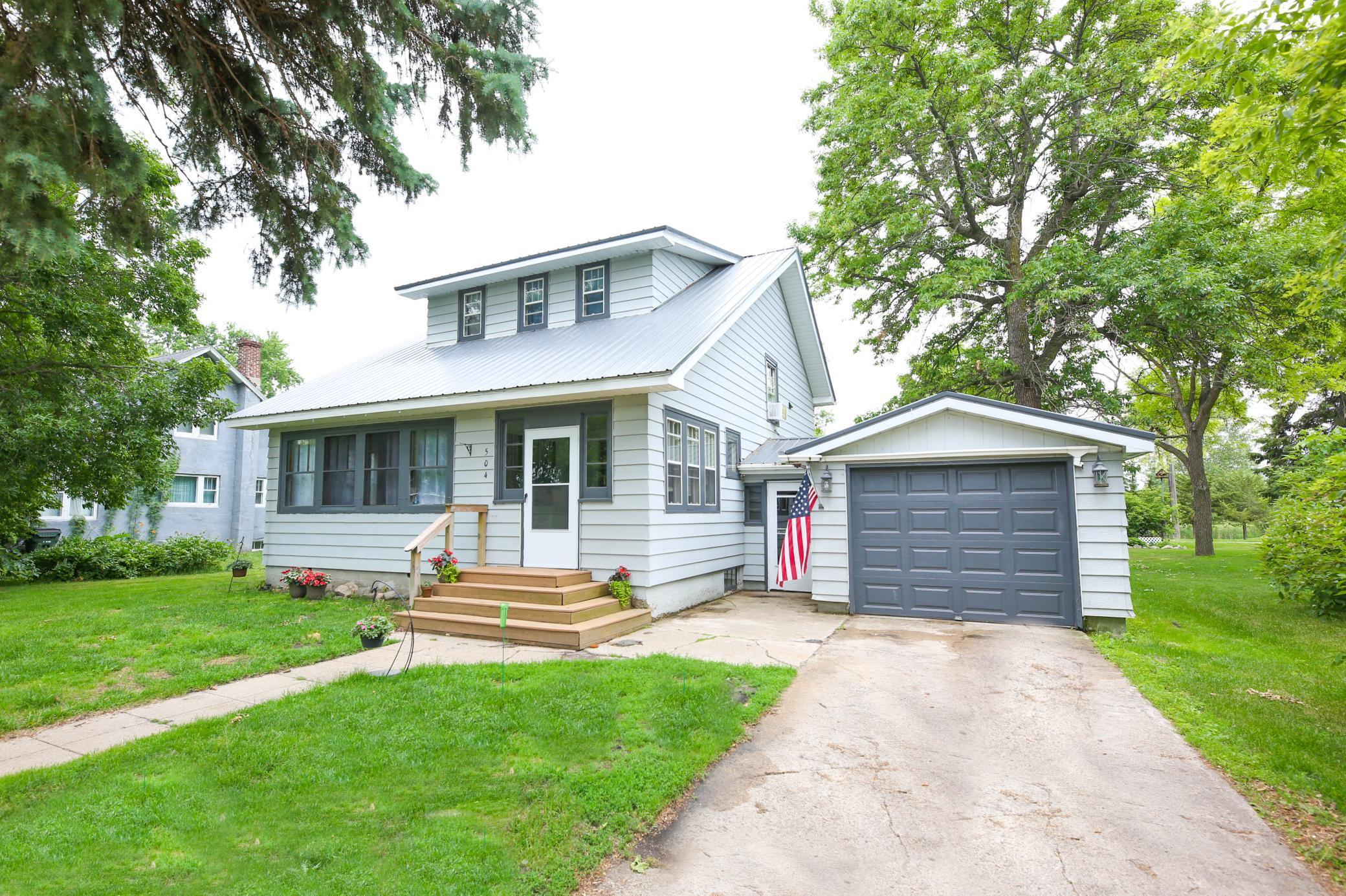 504 3rd St Property Photo - Barrett, MN real estate listing