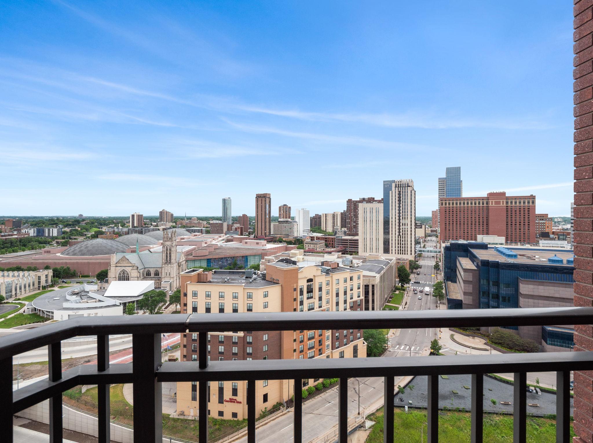 500 Grant #1701 Property Photo - Minneapolis, MN real estate listing