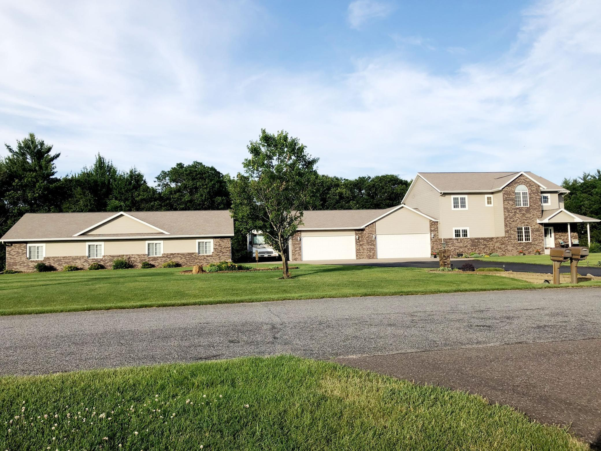 1575 Park Creek Property Photo - Altoona, WI real estate listing