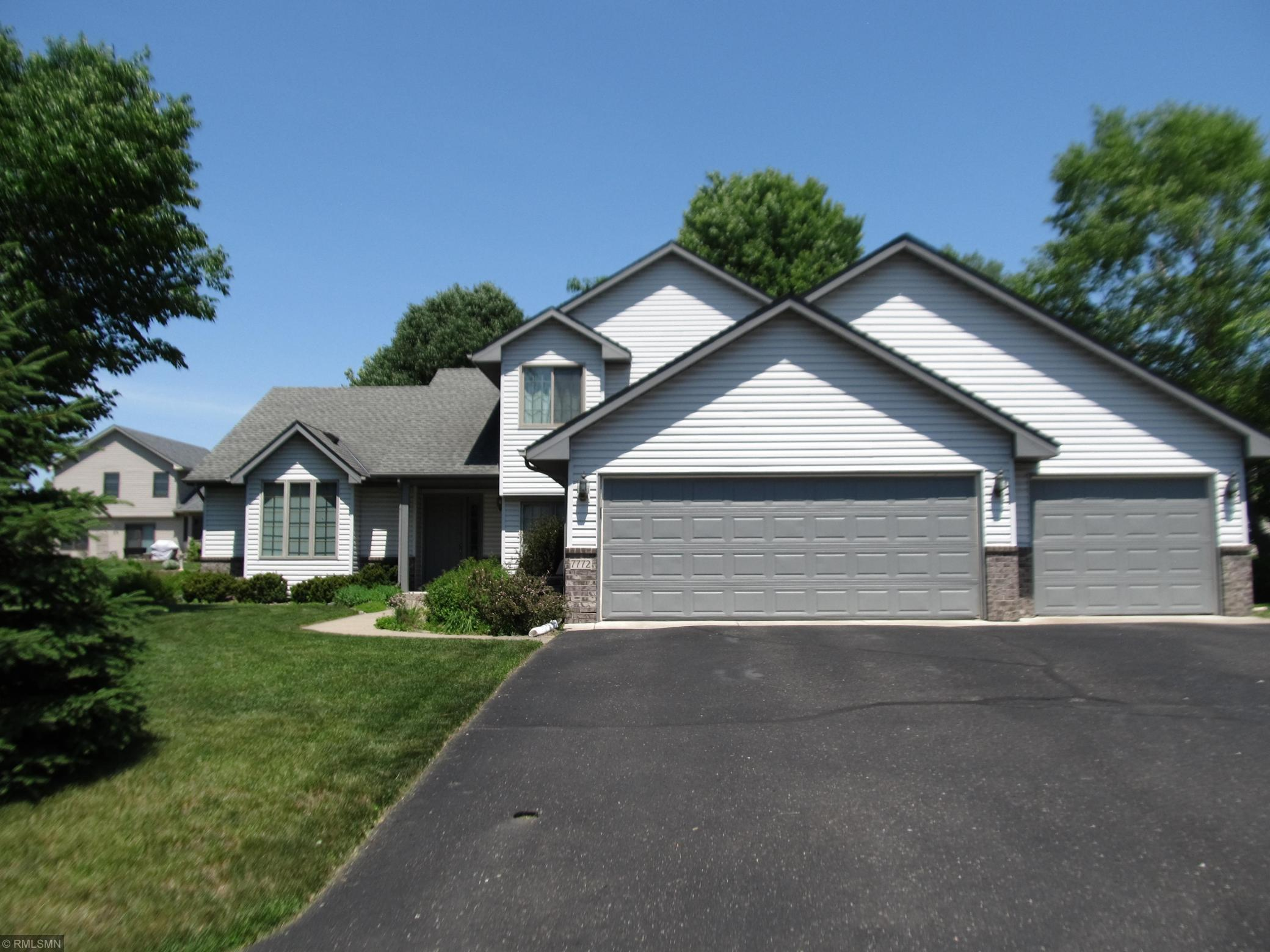 7772 Upper 45th N Property Photo - Oakdale, MN real estate listing