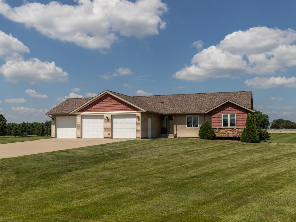 16820 739th Property Photo - Hayfield, MN real estate listing