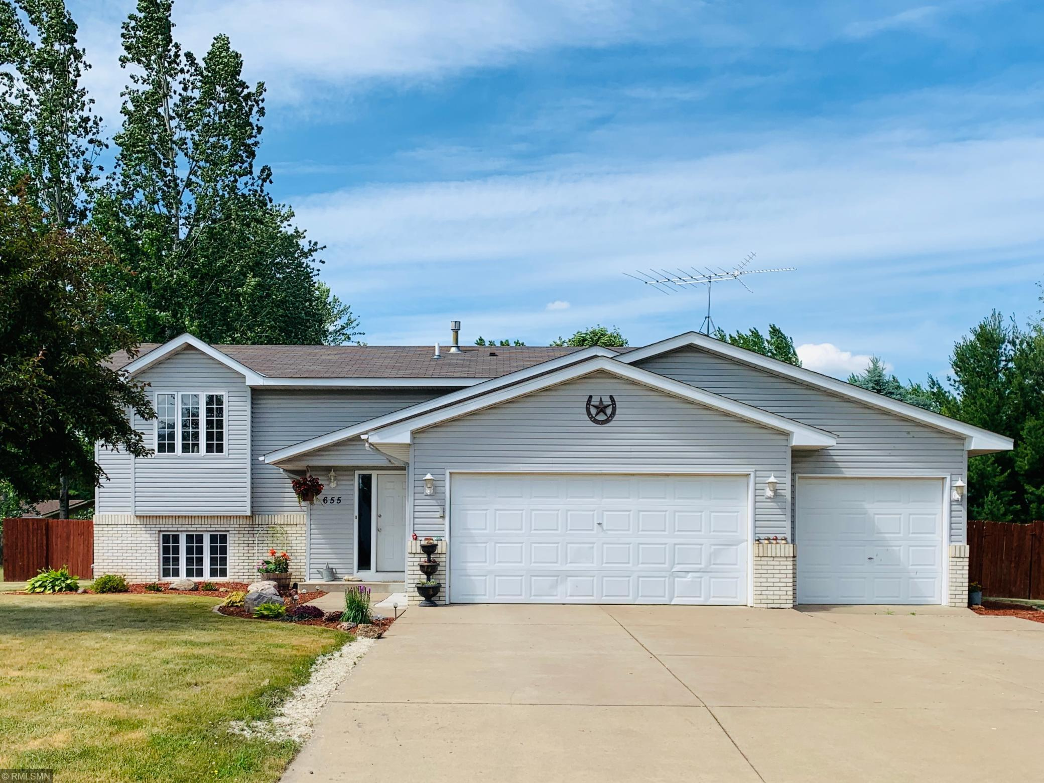 655 11th Property Photo - Rush City, MN real estate listing