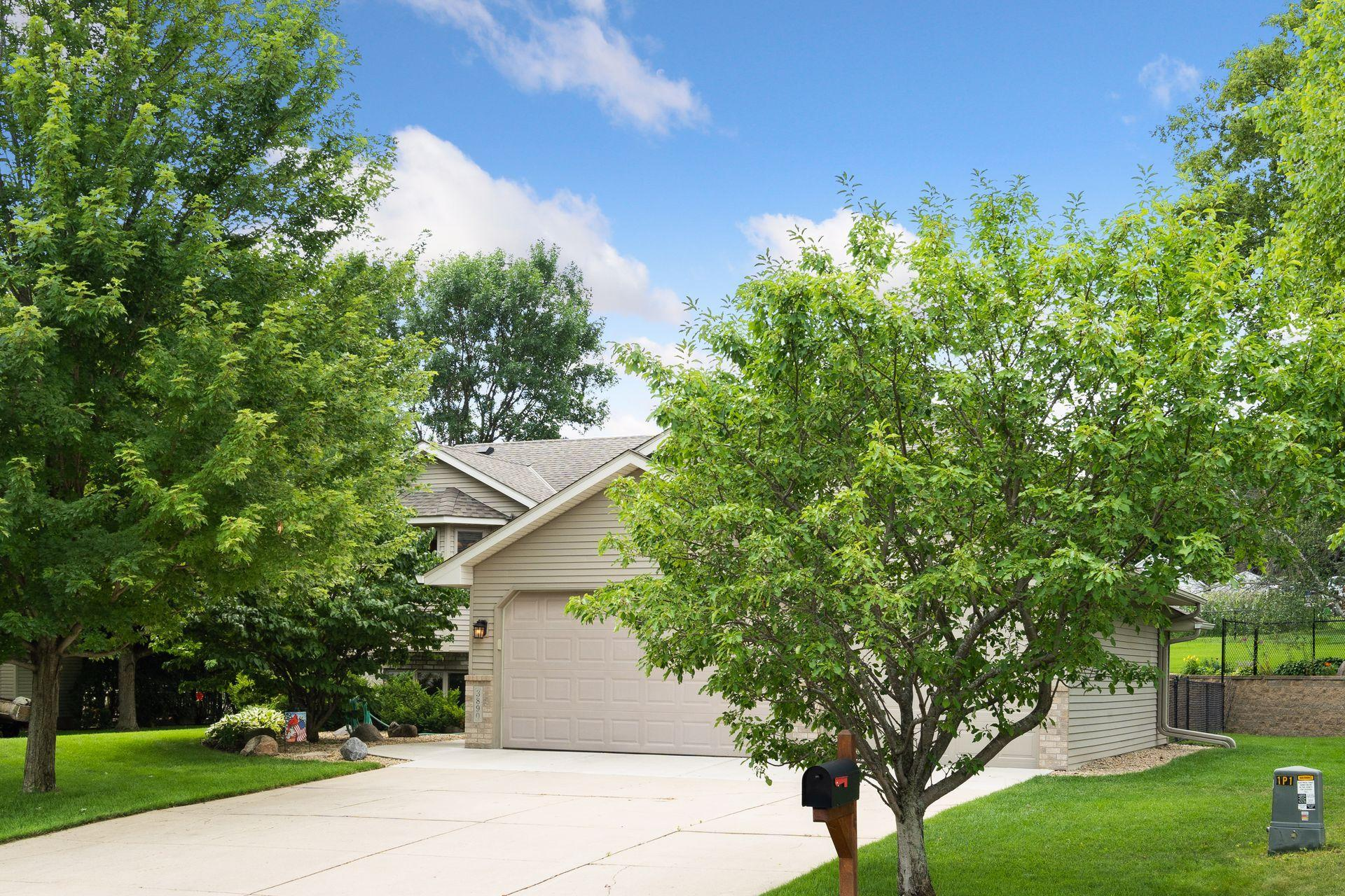 3890 Fox Trail Property Photo - Saint Bonifacius, MN real estate listing
