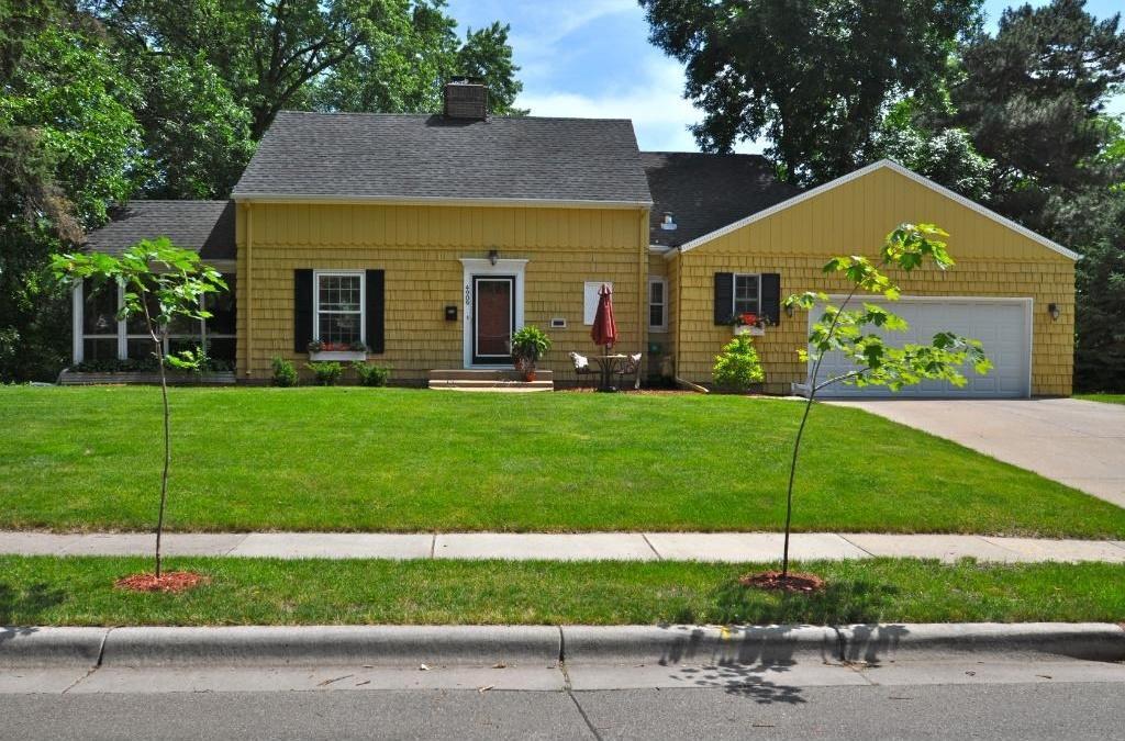 4909 Sunnyside Property Photo - Edina, MN real estate listing