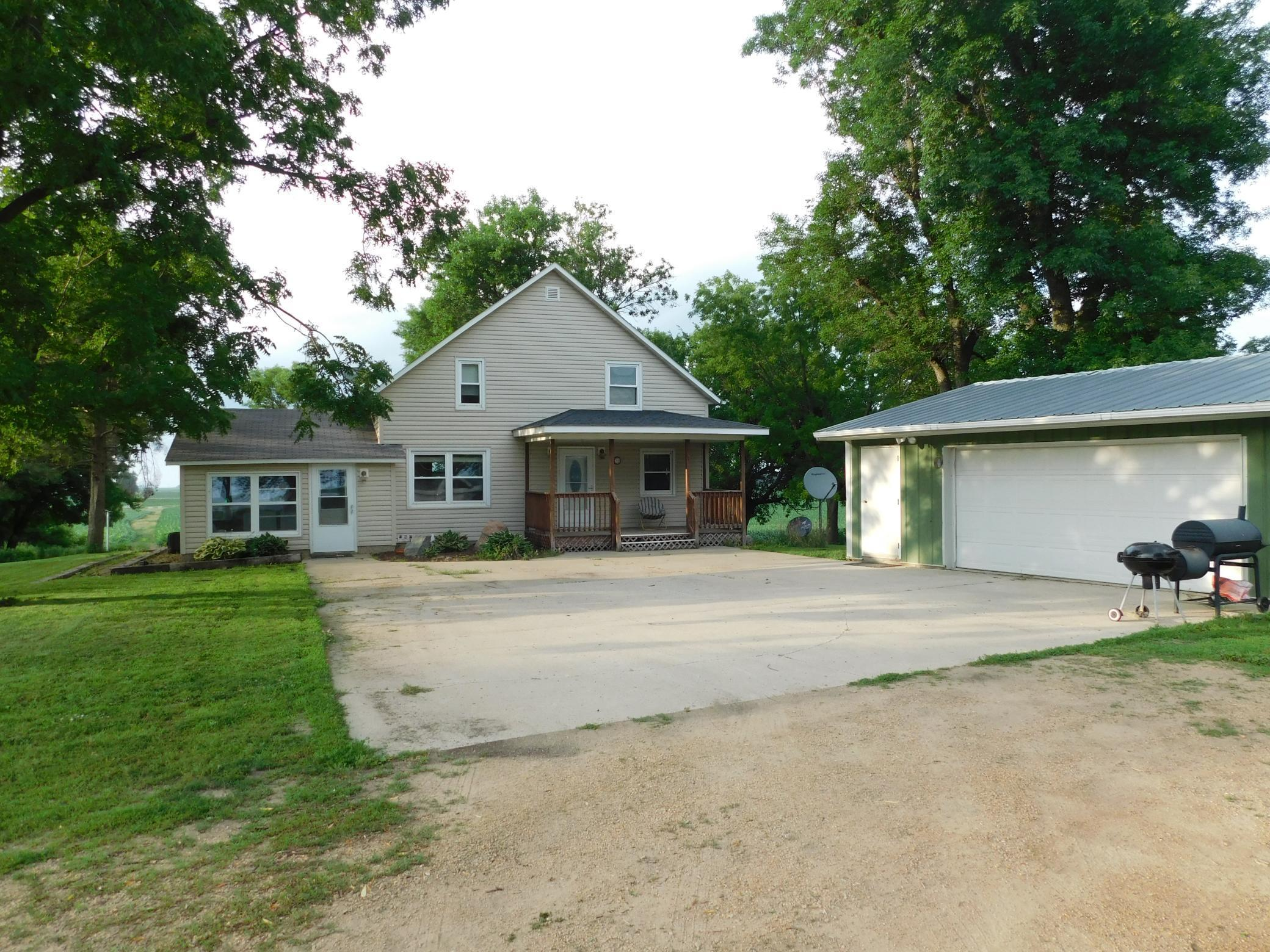 6266 340th Property Photo - Blue Earth, MN real estate listing