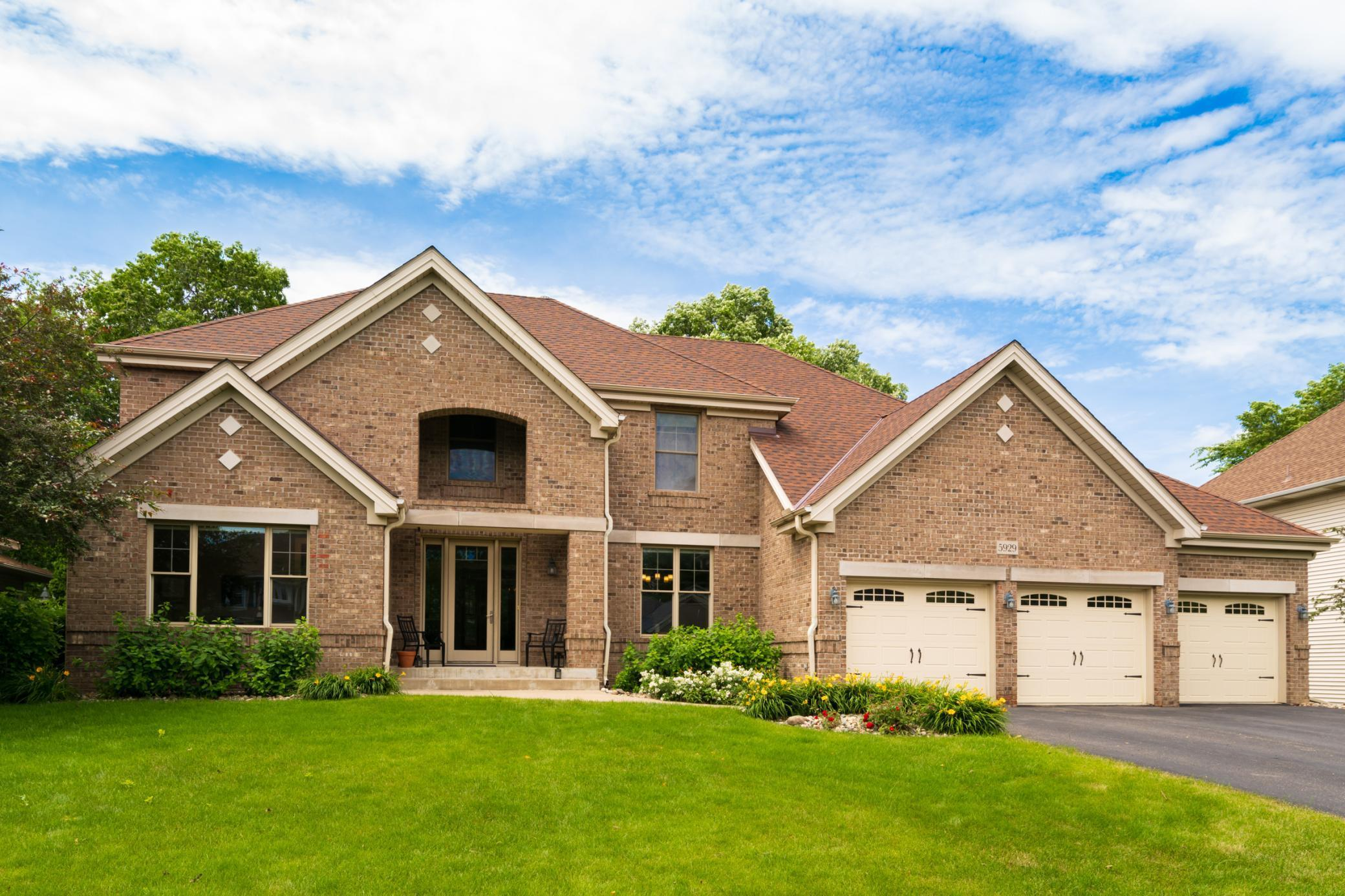 5929 Bradbury Property Photo - Inver Grove Heights, MN real estate listing