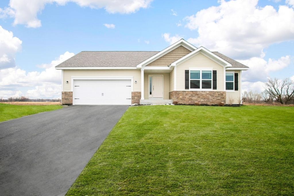 514 11th NE Property Photo - Lonsdale, MN real estate listing