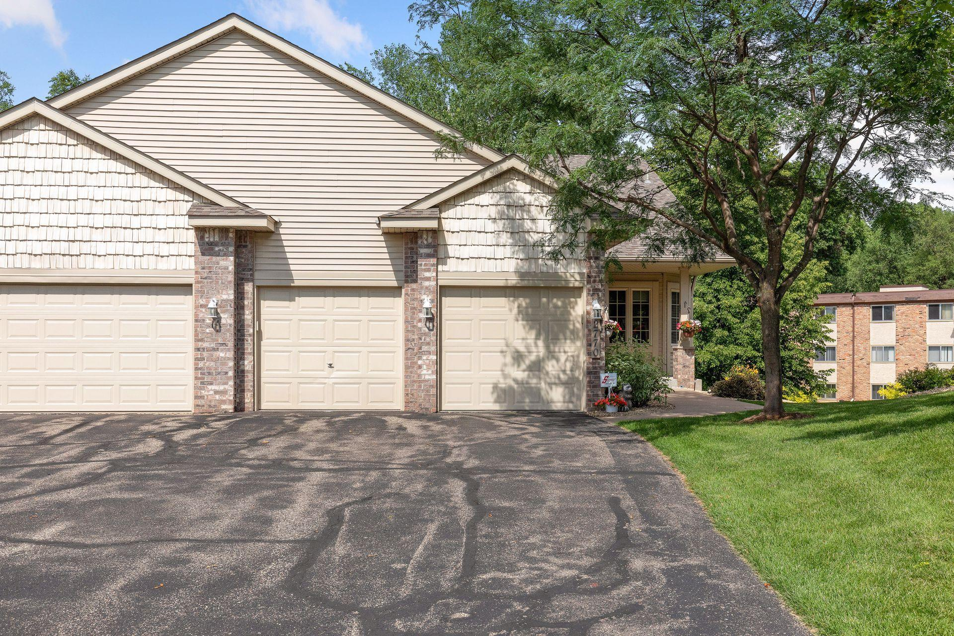 2770 Park View Property Photo - Little Canada, MN real estate listing