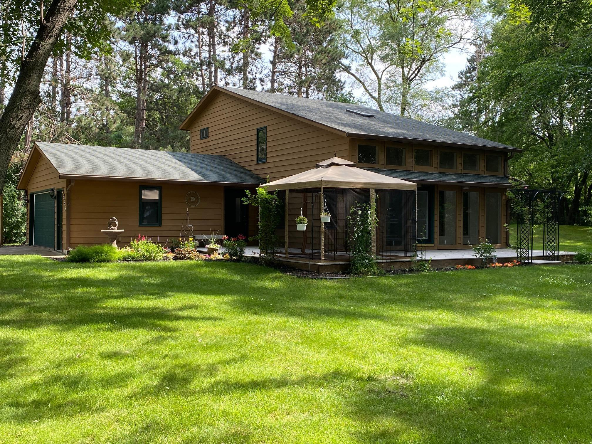 2229 Peterson Property Photo - Eau Claire, WI real estate listing