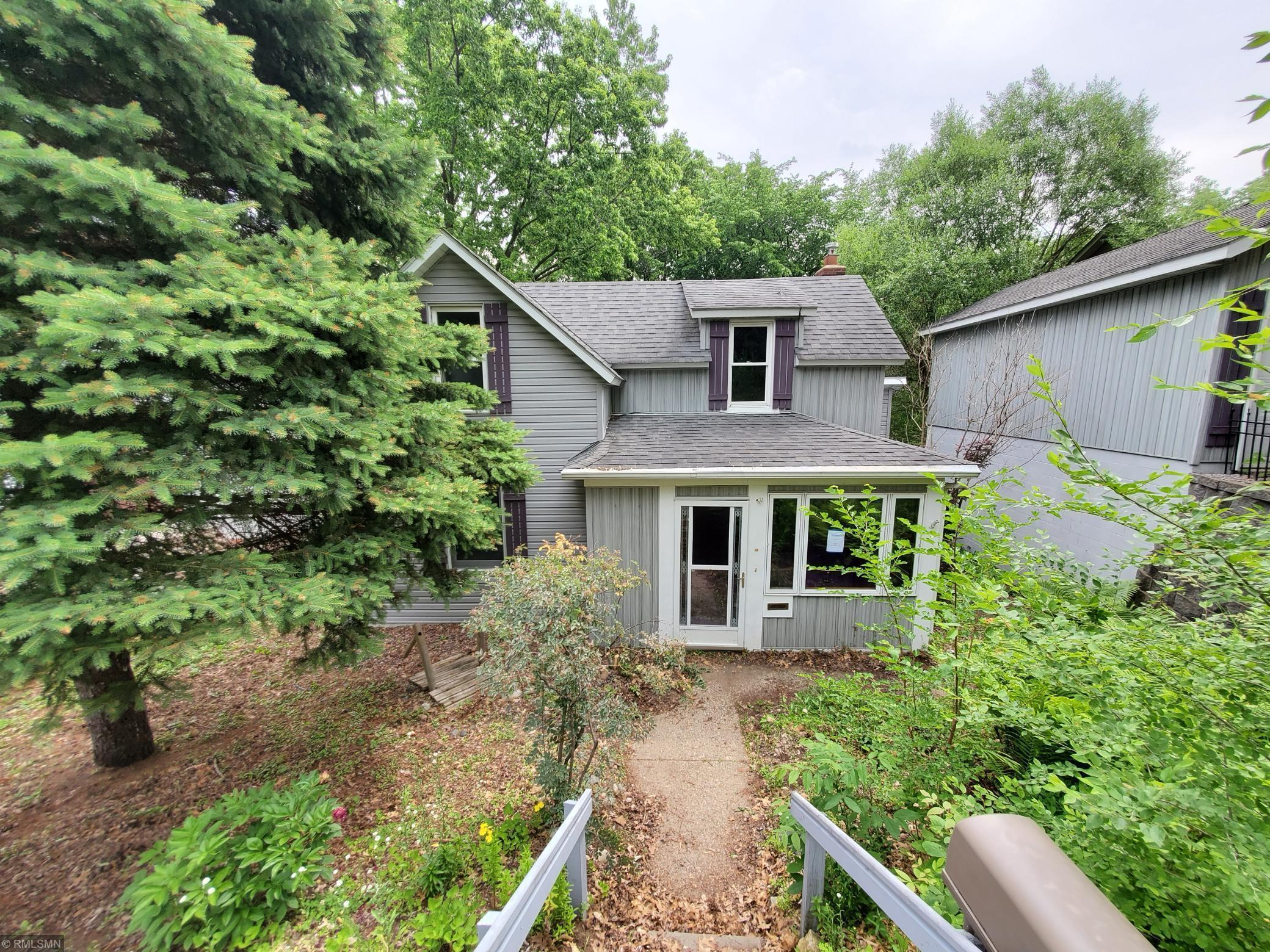 725 6th N Property Photo - Bayport, MN real estate listing