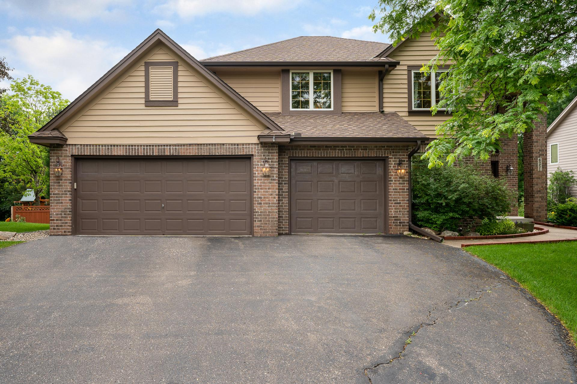 6251 Country Road Property Photo - Eden Prairie, MN real estate listing