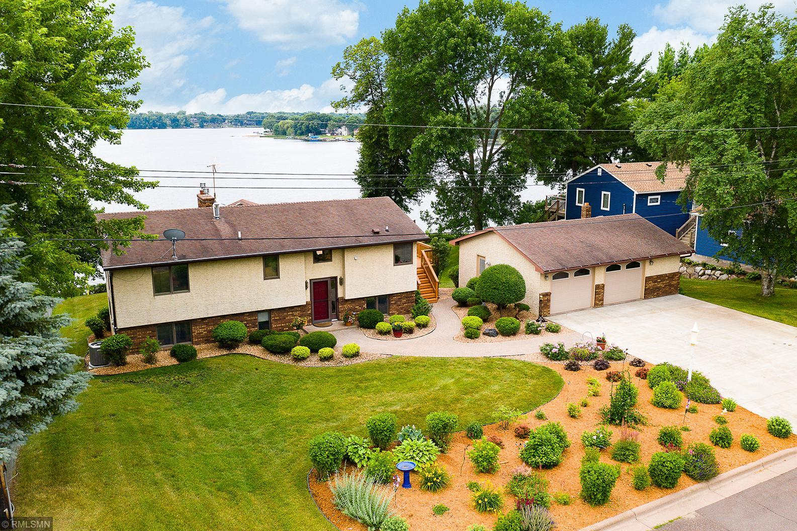 13675 Norelius Property Photo - Lindstrom, MN real estate listing
