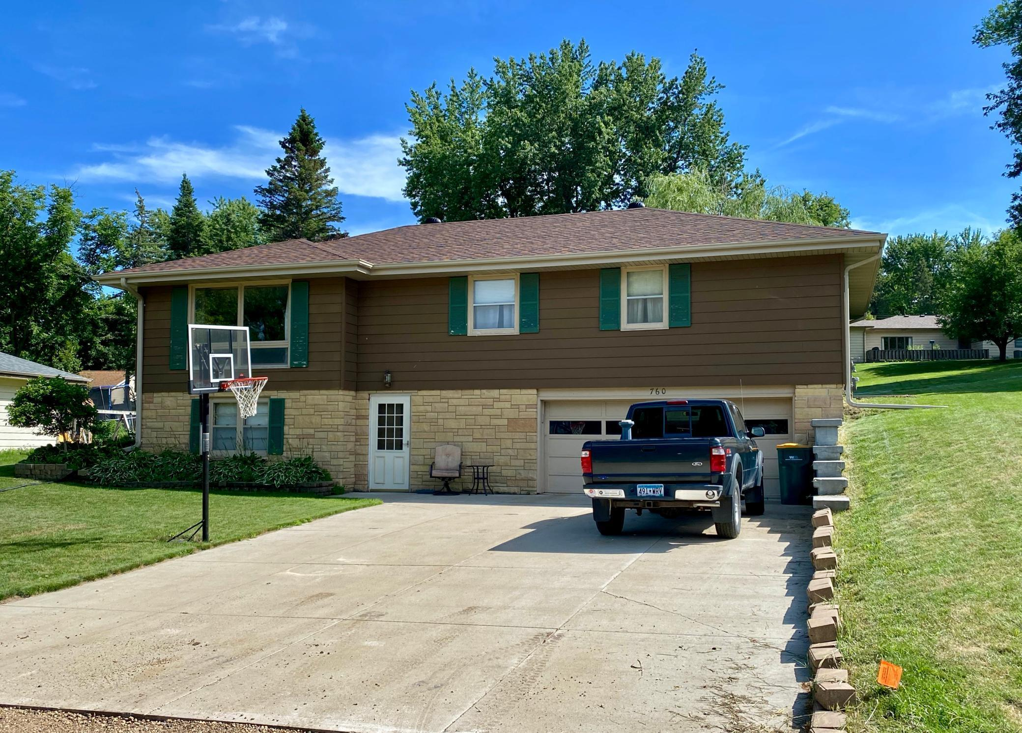 760 Highland Property Photo - Windom, MN real estate listing
