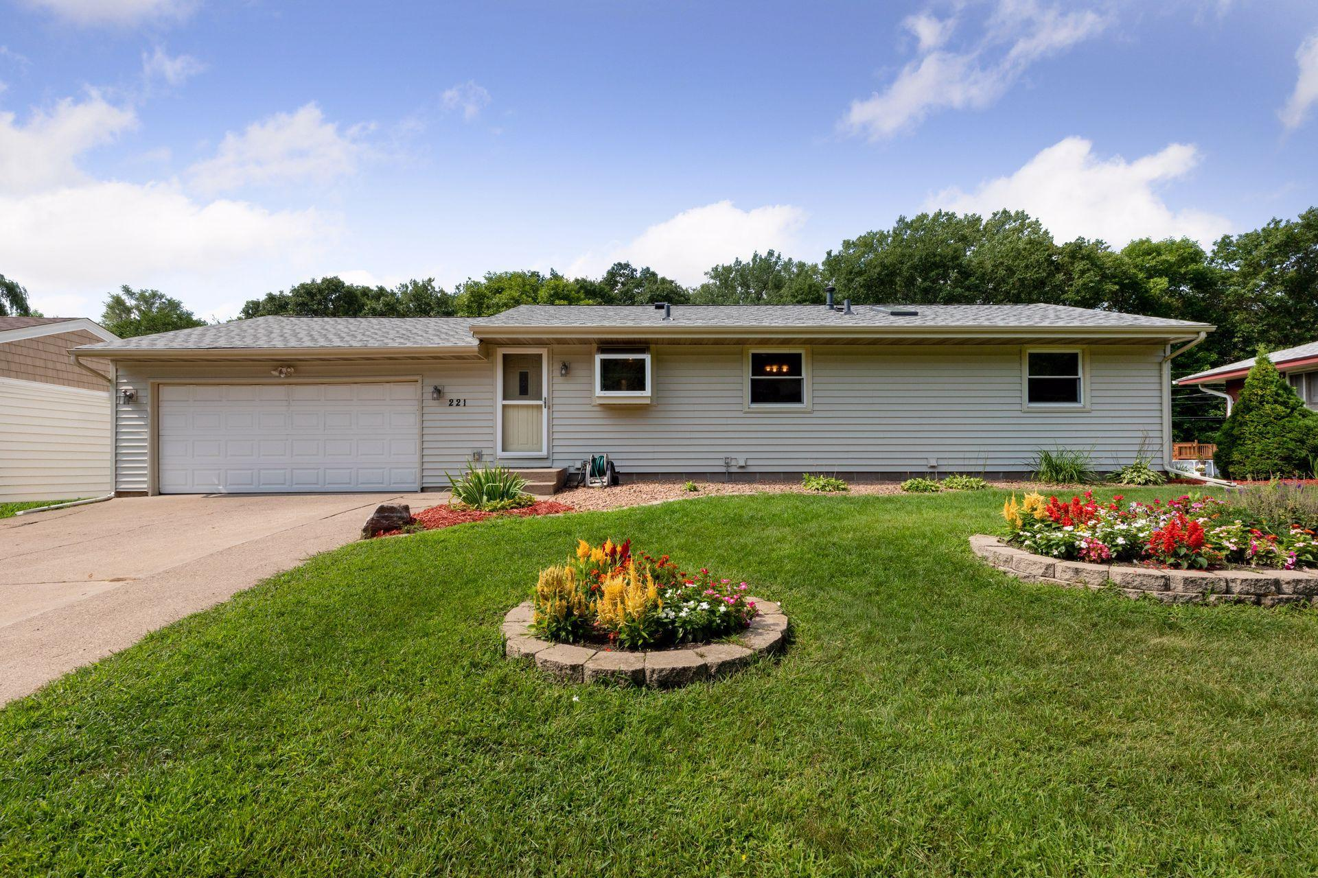 221 Stardust Boulevard Property Photo - Circle Pines, MN real estate listing