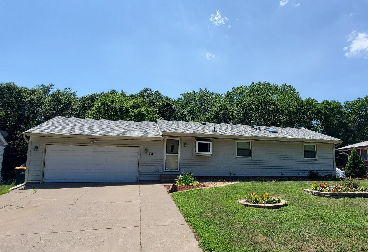 221 Stardust Property Photo - Circle Pines, MN real estate listing