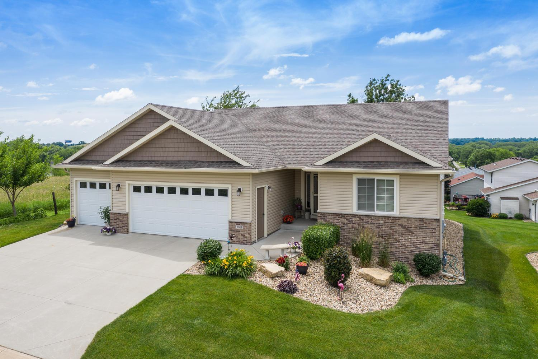 2811 Talon SE Property Photo - Rochester, MN real estate listing