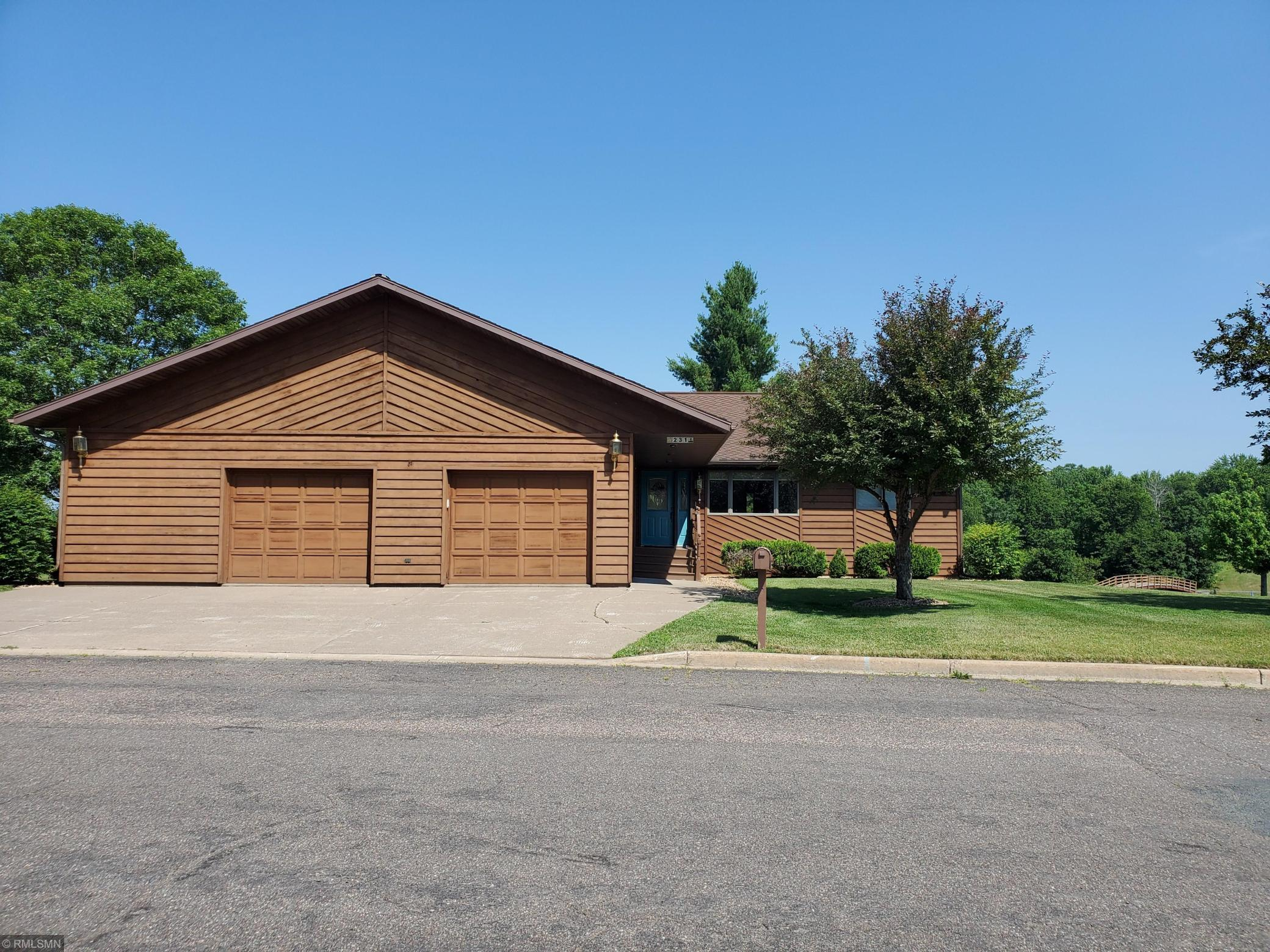 231 Rolling Oaks Property Photo - Barron, WI real estate listing