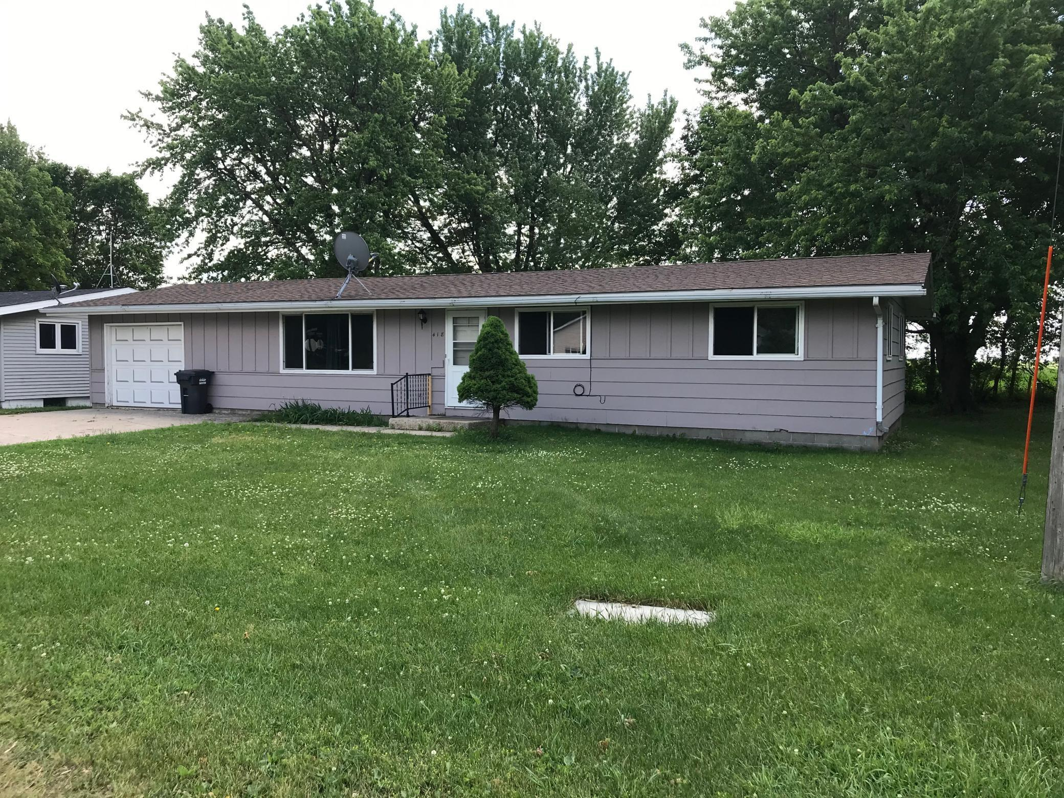 418 6th Property Photo - Round Lake, MN real estate listing