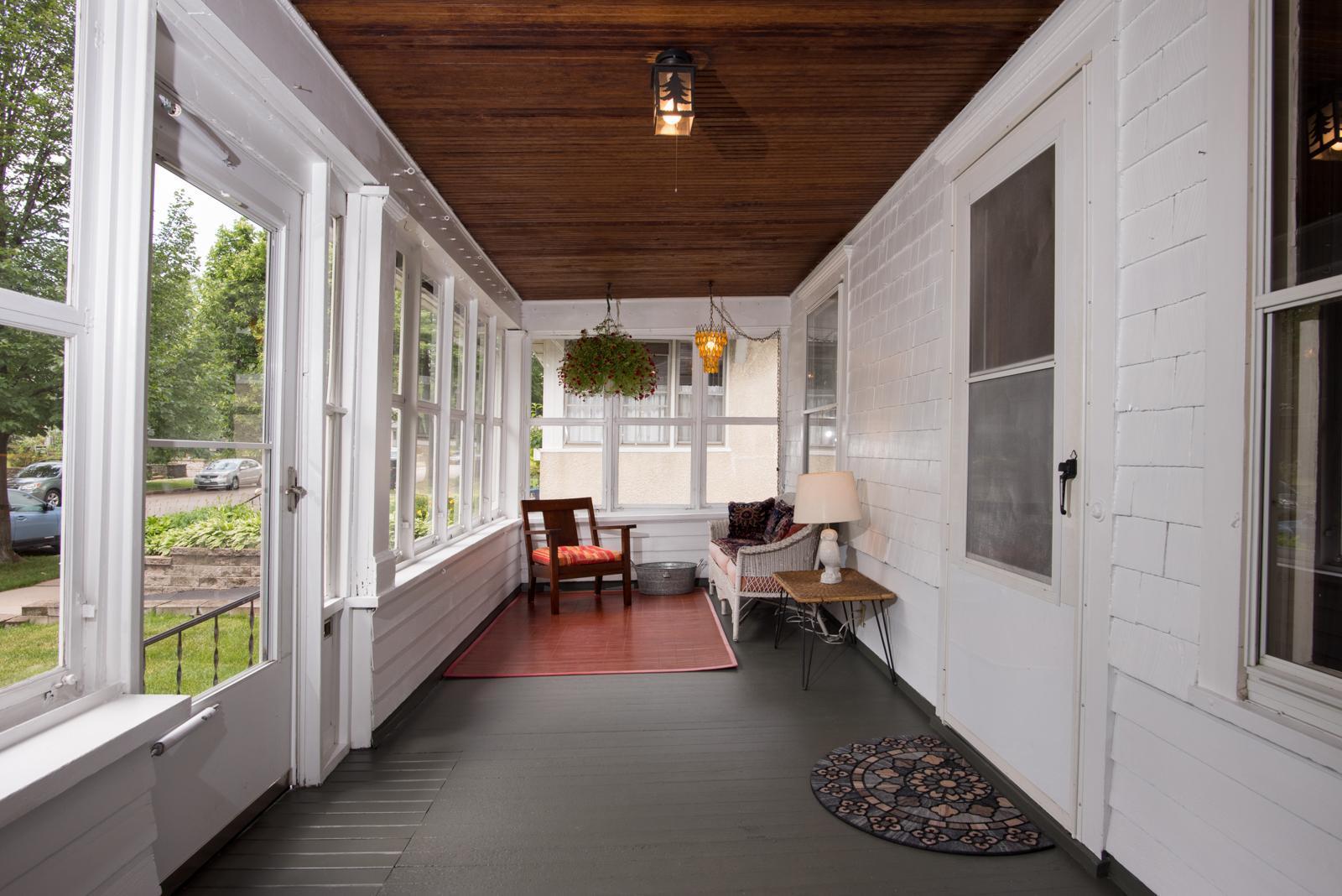 1463 Hague Property Photo - Saint Paul, MN real estate listing