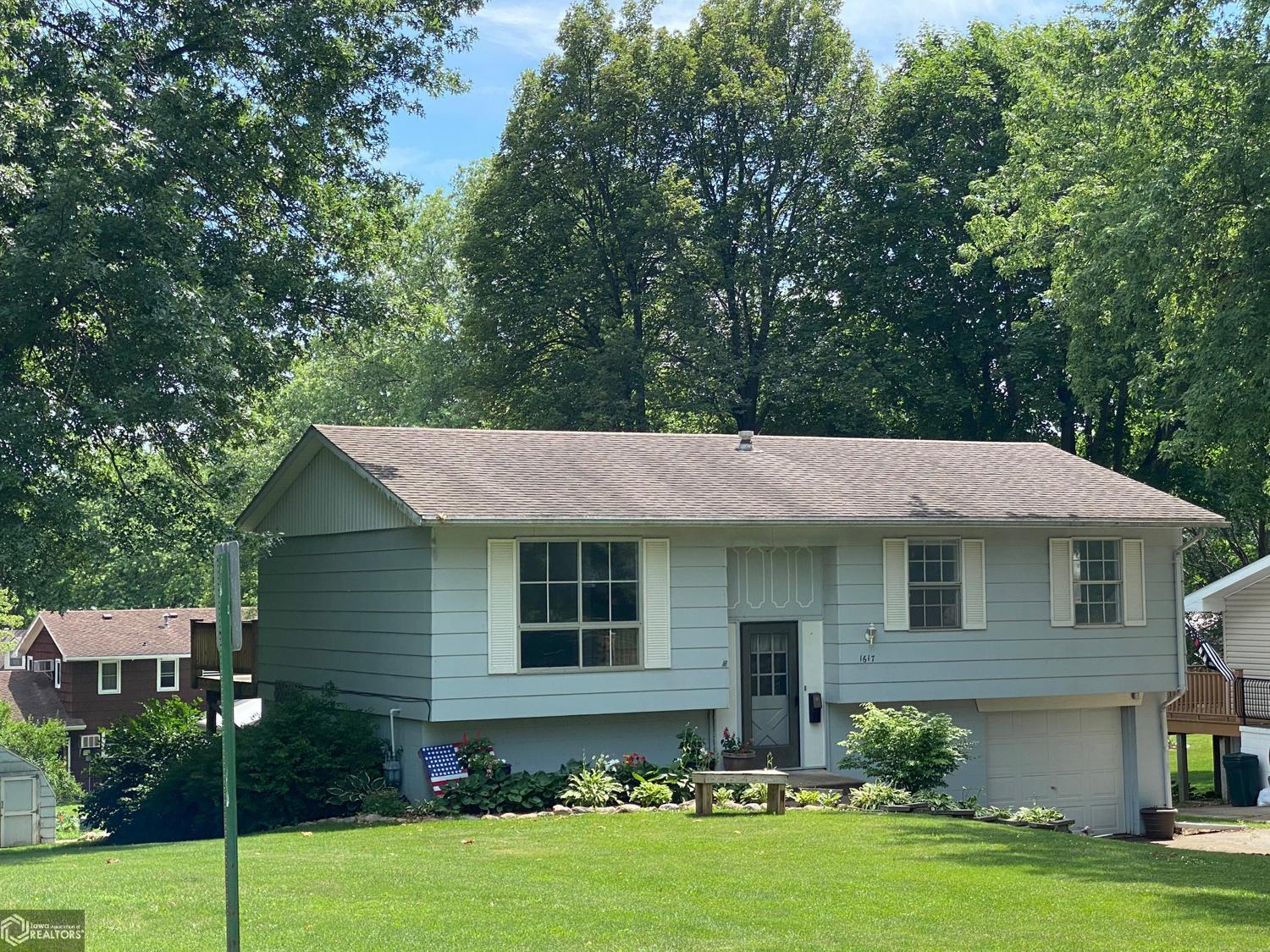 1617 Durant Property Photo - Harlan, IA real estate listing