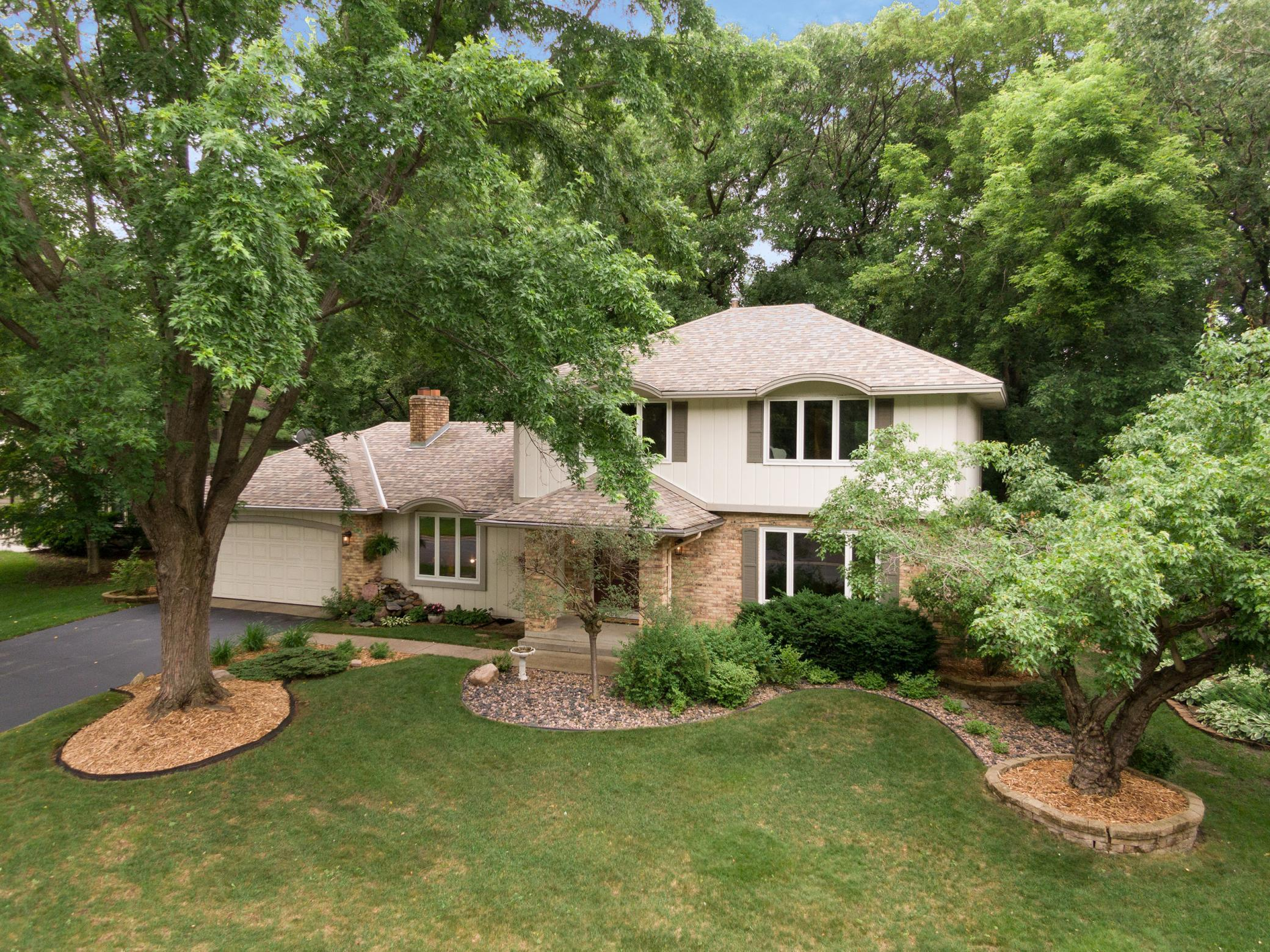 14816 Southpointe Property Photo - Burnsville, MN real estate listing
