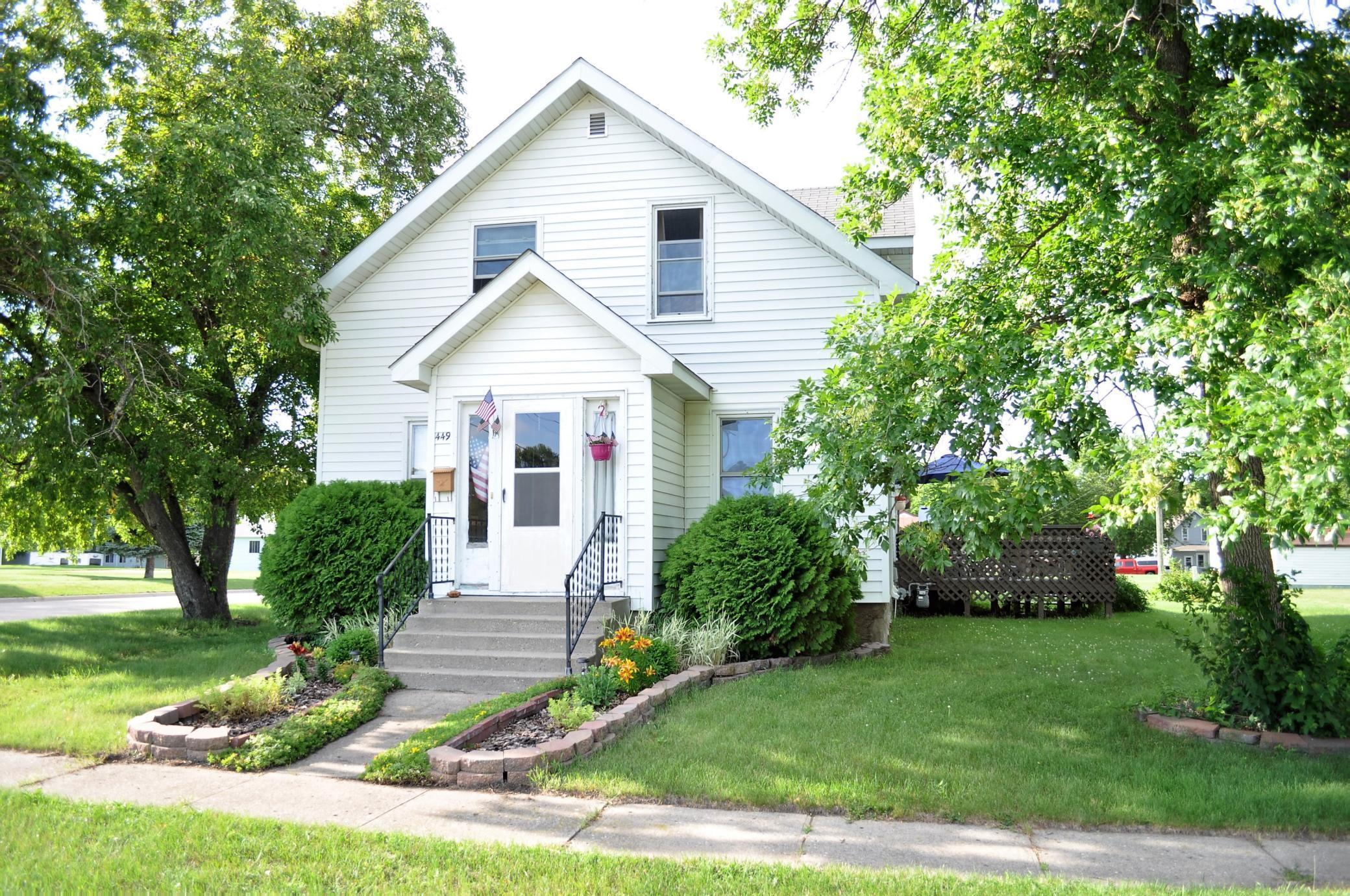 449 Rooney Property Photo - Appleton, MN real estate listing