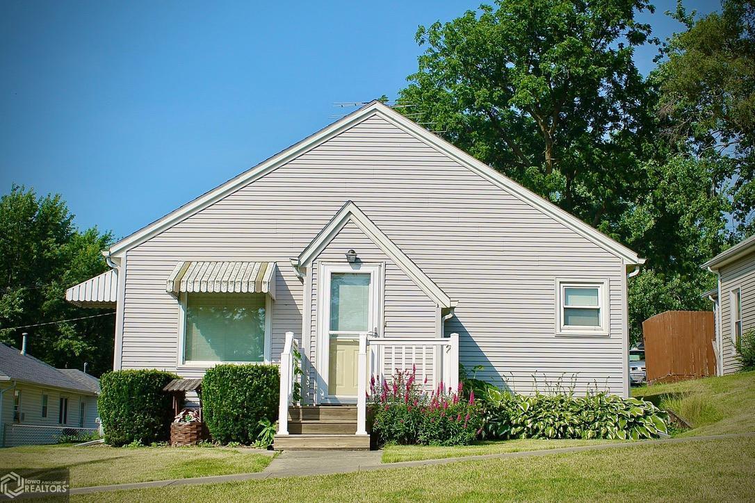 50020 Real Estate Listings Main Image