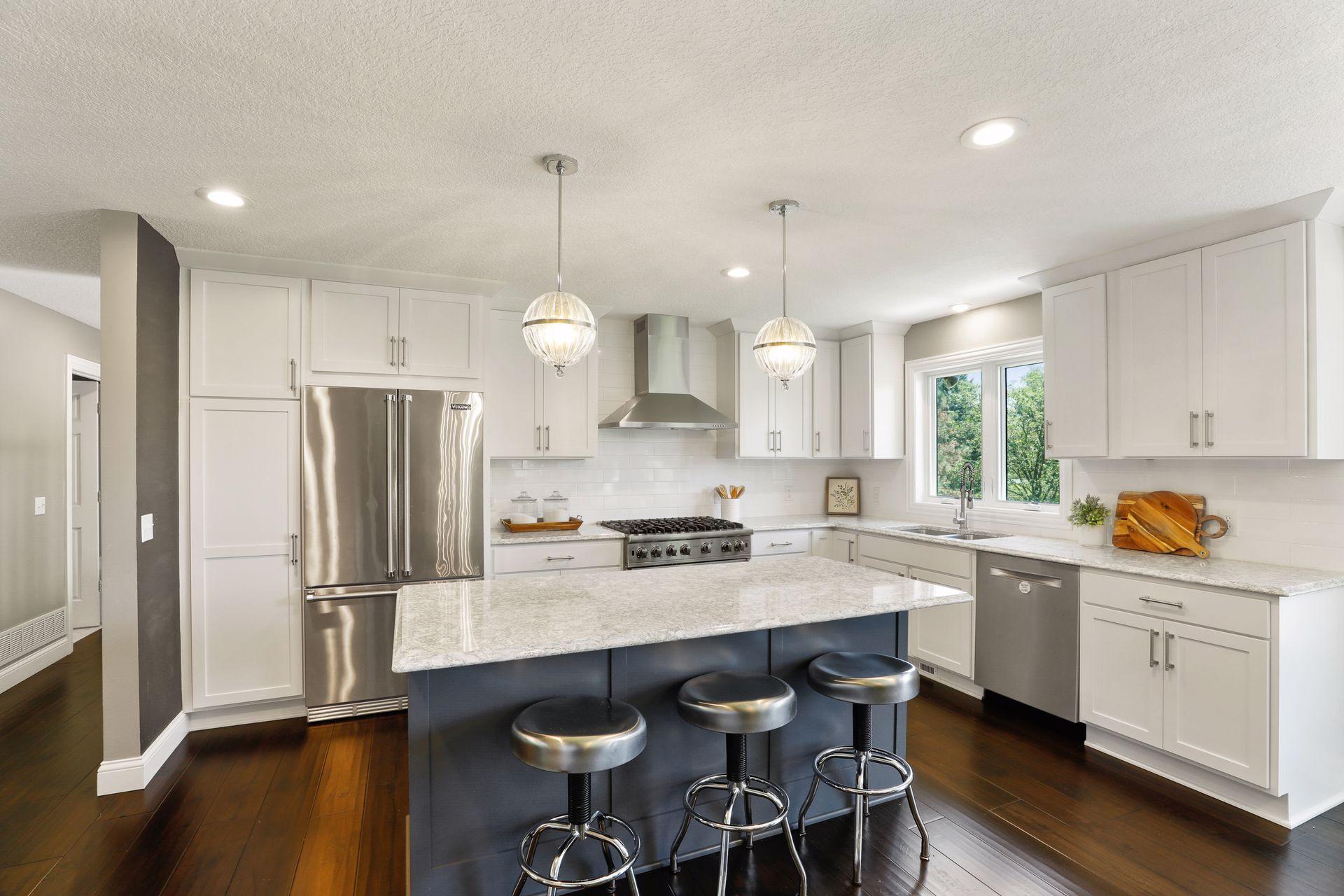3595 Rae Lane Property Photo - Woodbury, MN real estate listing