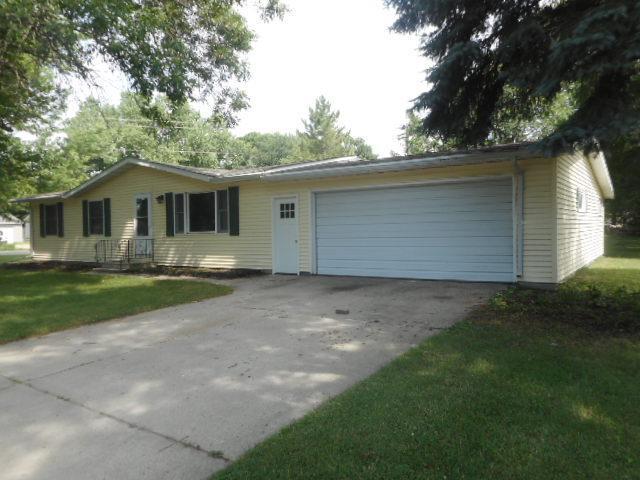101 Northwood Drive Property Photo - Redwood Falls, MN real estate listing