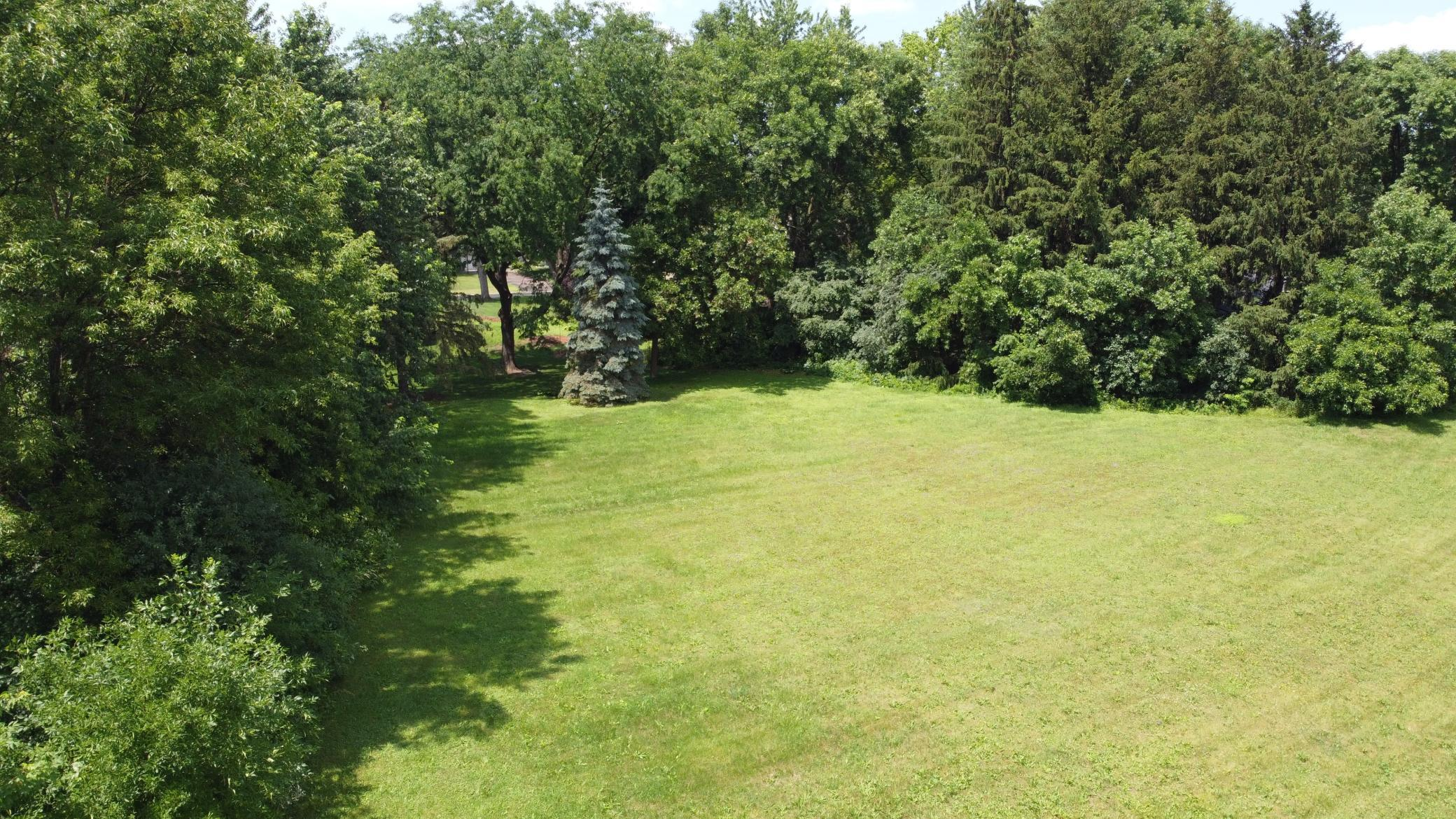 2841 Black Oaks N Property Photo - Plymouth, MN real estate listing