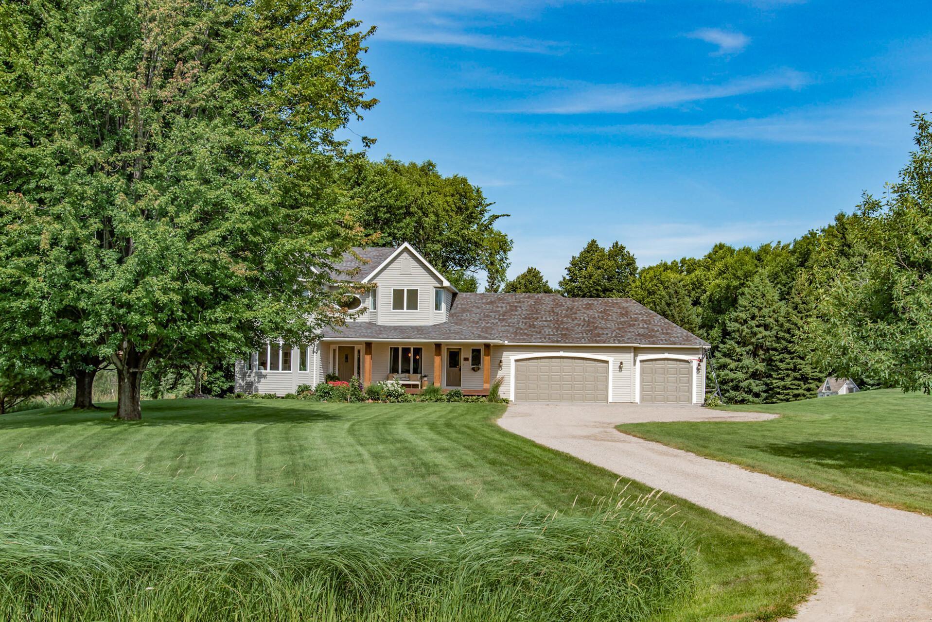 179 Jandel Avenue NE Property Photo - Hanover, MN real estate listing